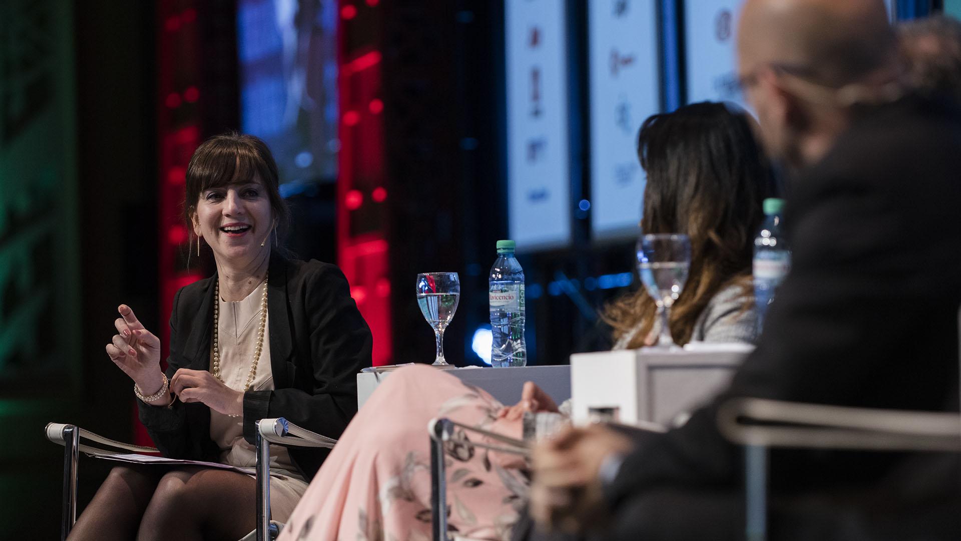 Mercedes D'Alessandro, Doctora en Economía, la moderadora del panel