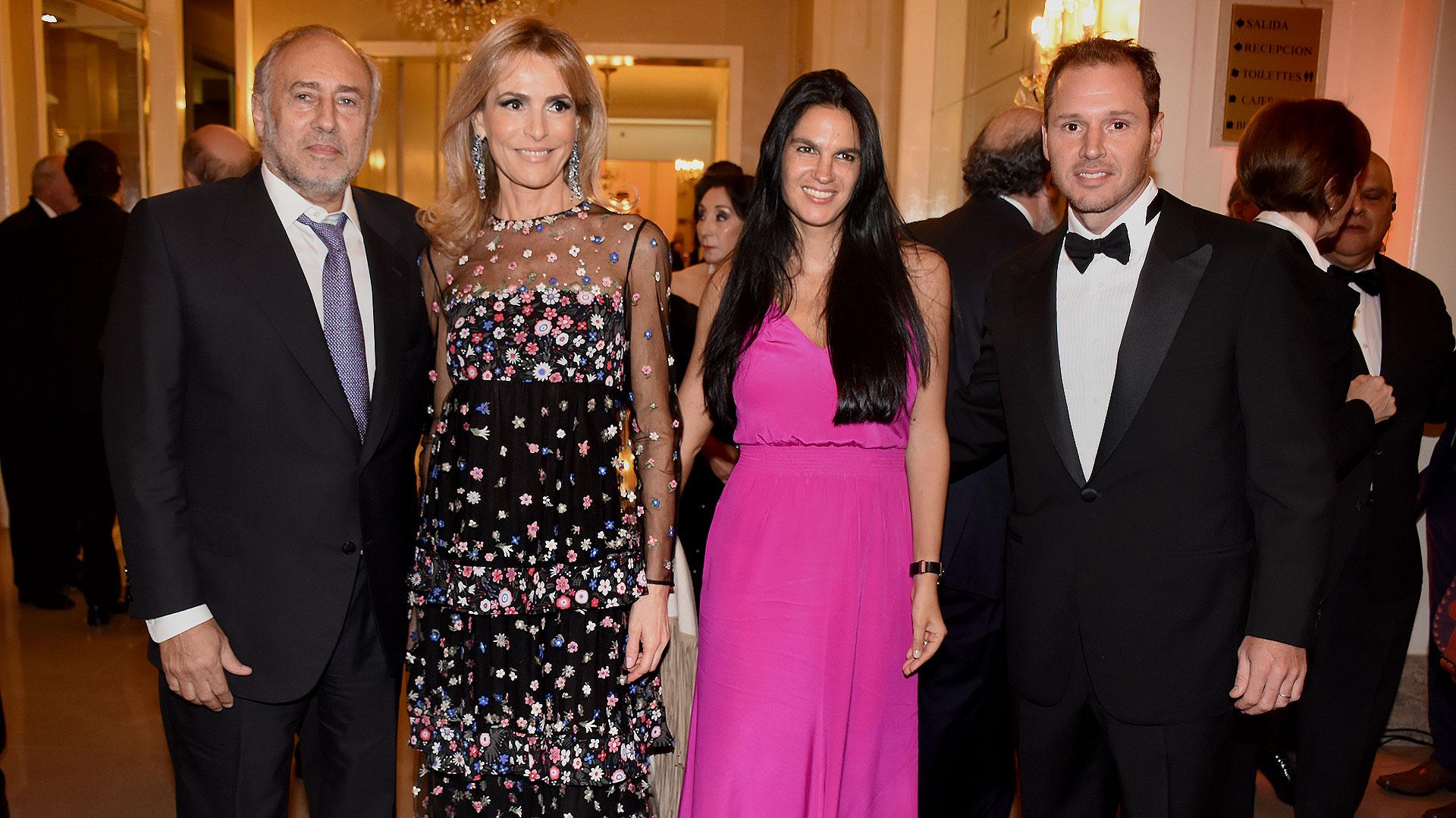 Gustavo Yankelevich y Rossella Della Giovampaola junto a Gabriela Vaca Guzmán y Jorge Brito
