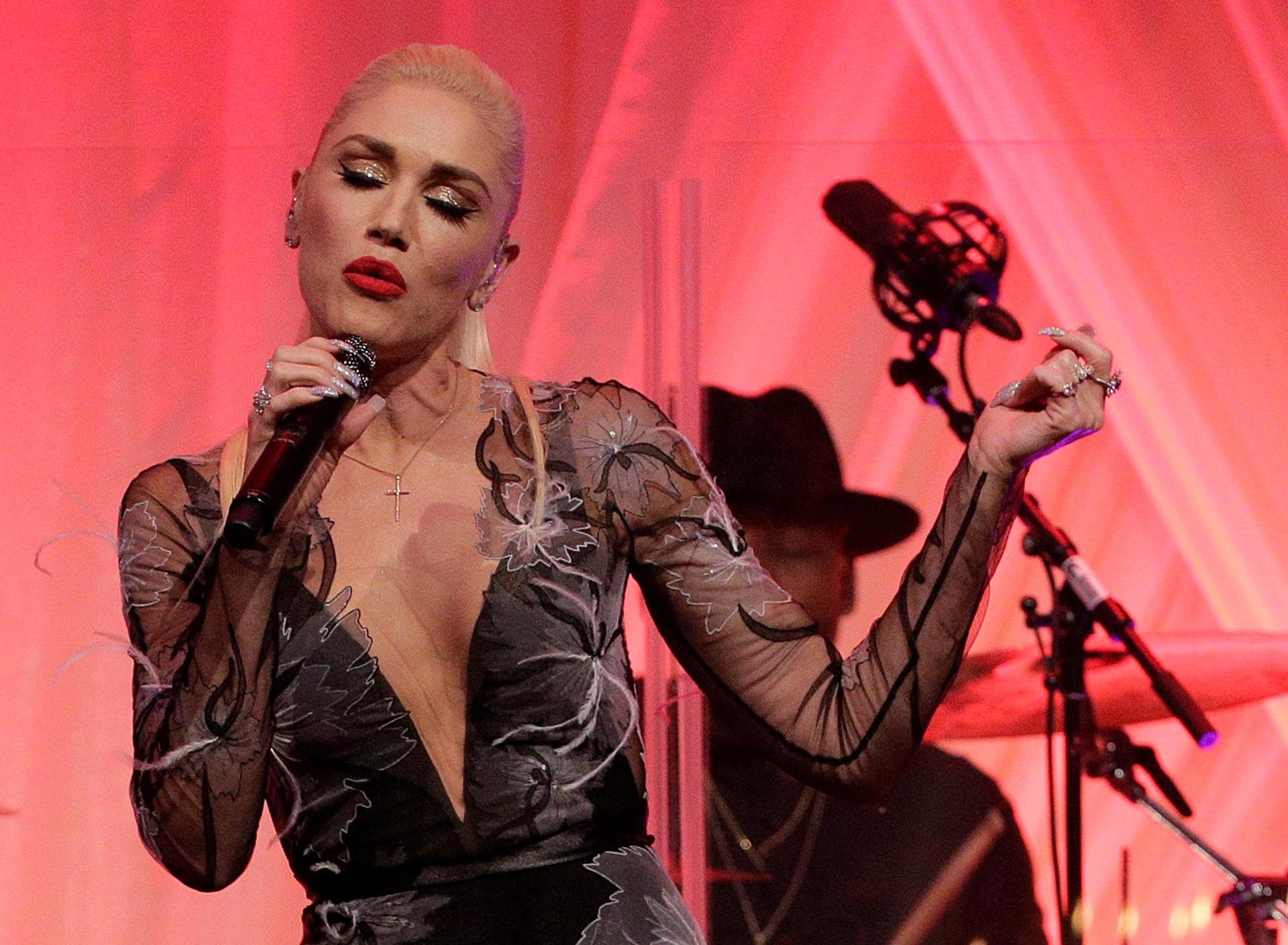 La cantante Gwen Stefani brindó un show durante la cena de Estado