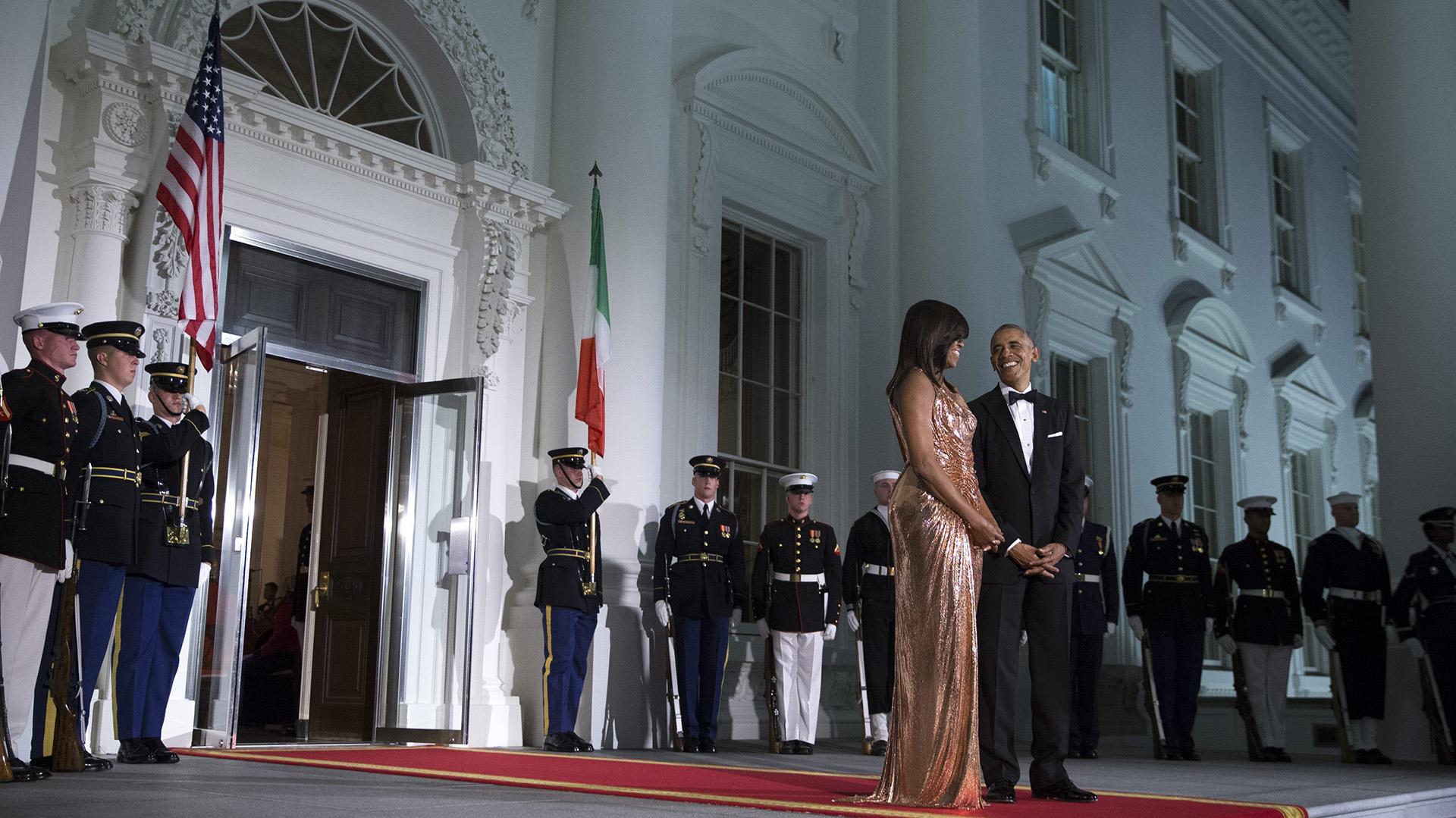 Barack y Michelle Obama en lo que fue la última cena de Estado como Presidente y primera dama de los Estados Unidos