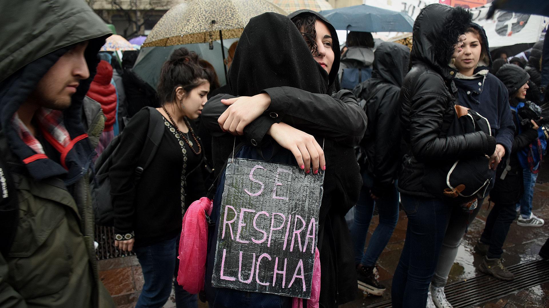 Todo fue a raíz del brutal crimen de Lucía Pérez en Mar del Plata