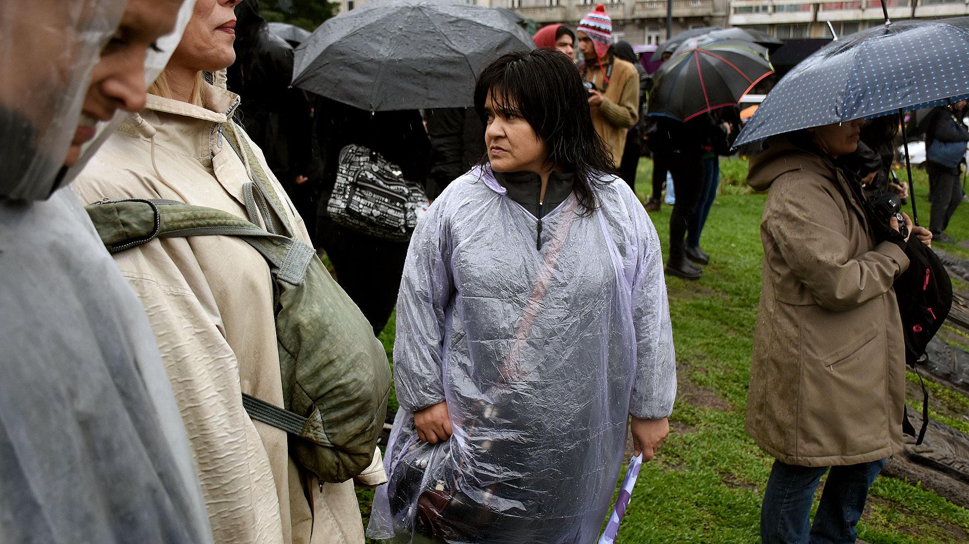 Muchas madres, hijas y miembros de organizaciones llamaron a marchar.