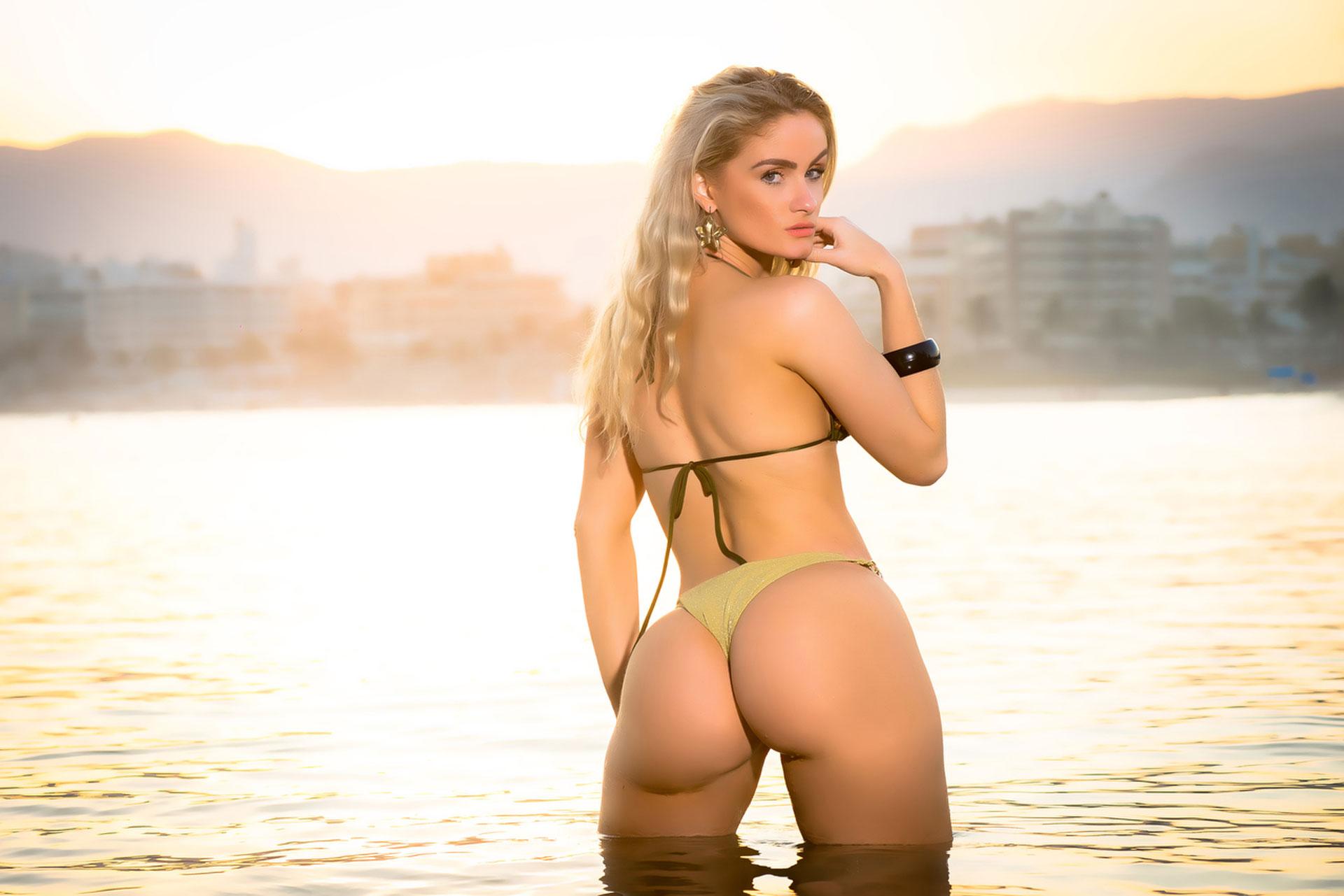 Mis big ass brazil 2