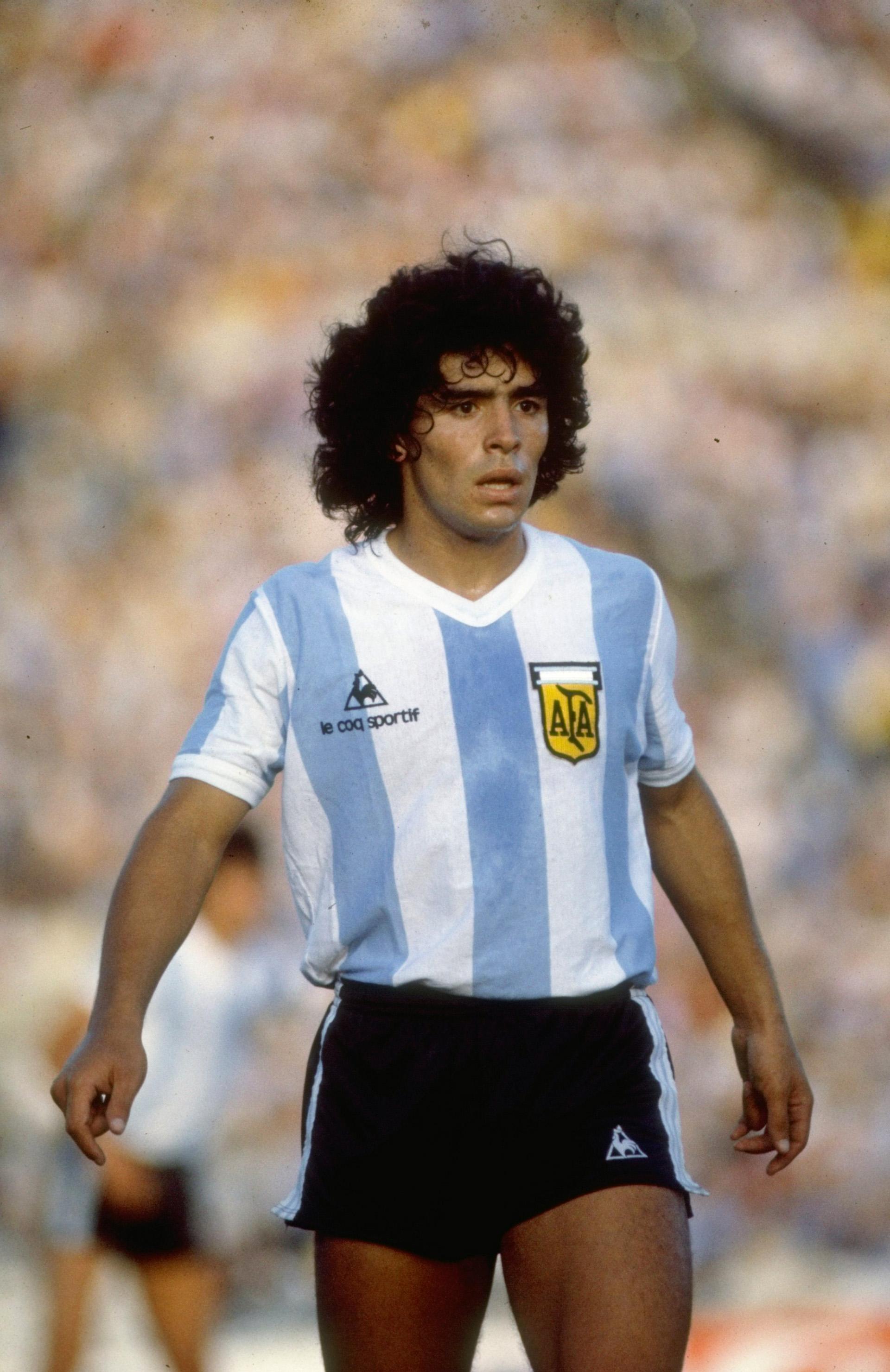Defendiendo la camiseta de Argentina, en 1985