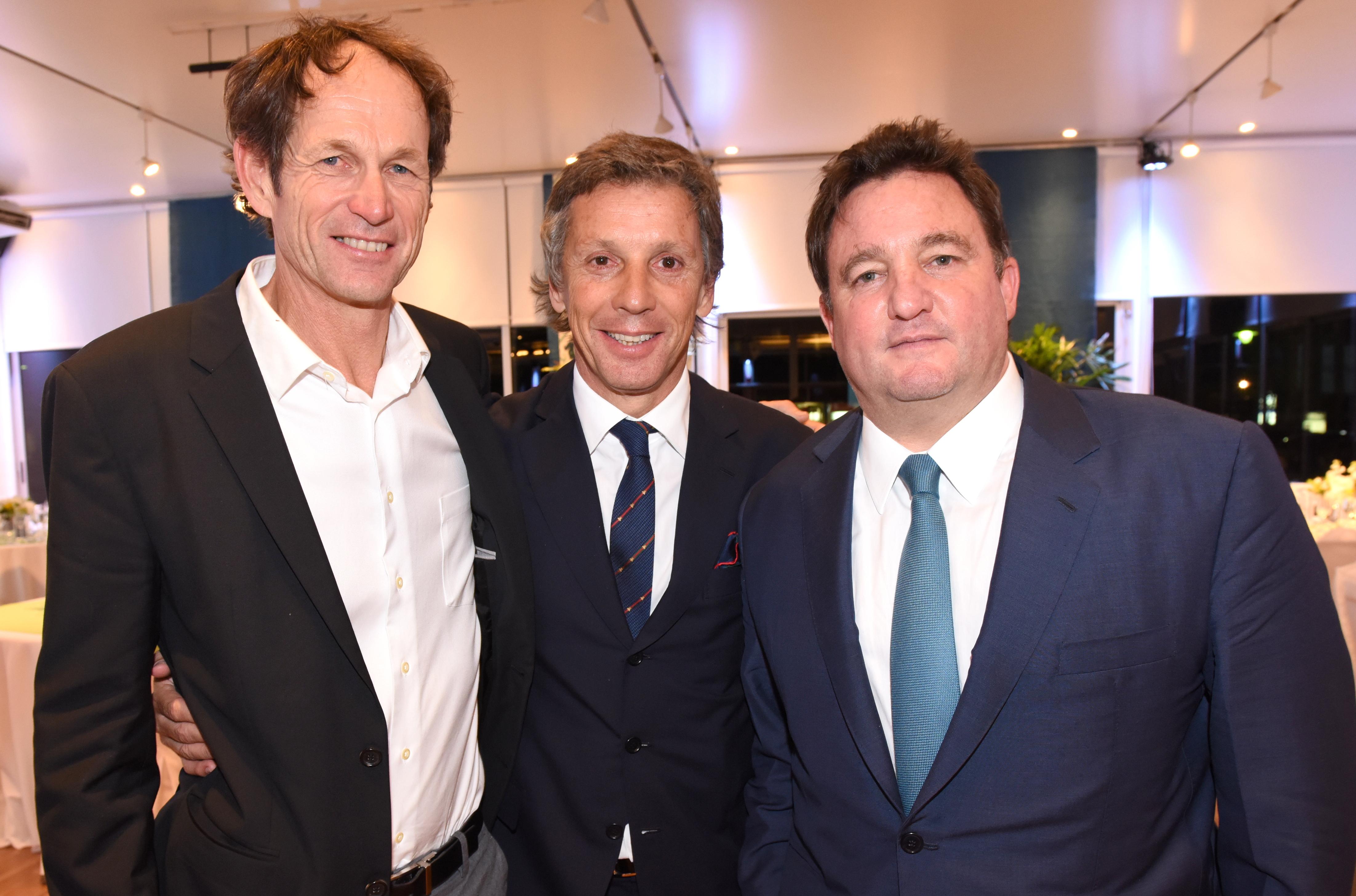 El medallista olímpico Santiago Lange, Alejandro Gravier y Alejandro Macfarlane