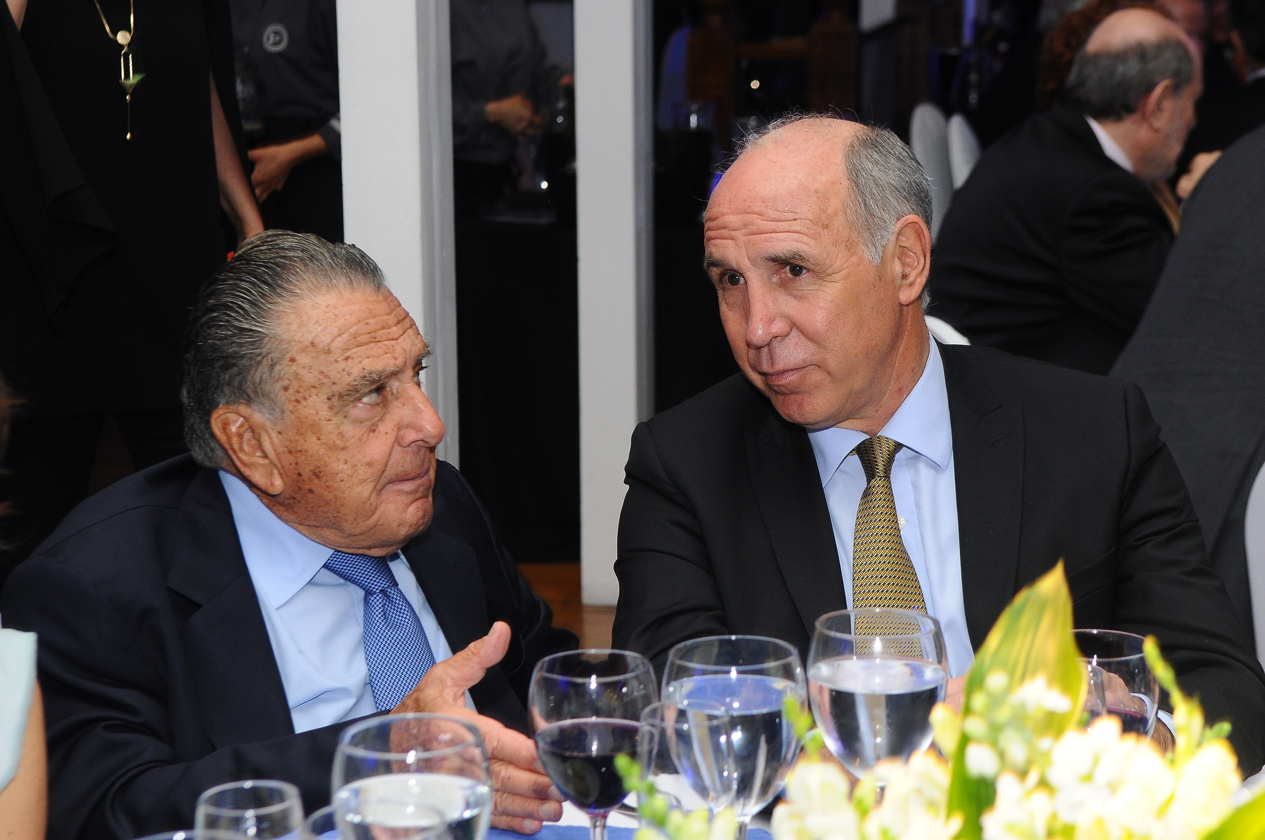 El empresario Eduardo Eurnekian junto al presidente de la Corte Suprema de Justicia de la Nación, Ricardo Lorenzetti