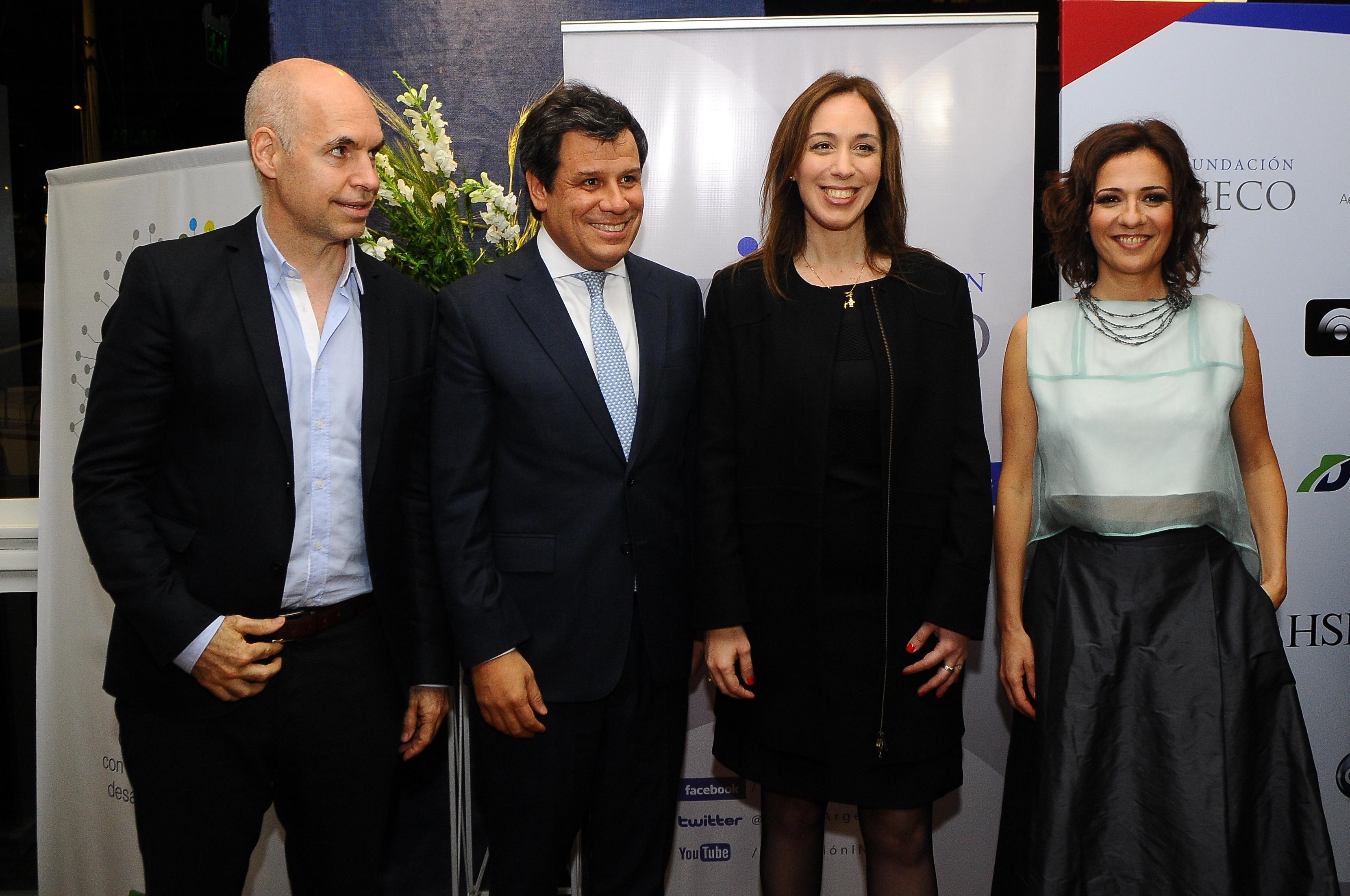 Facundo Manes y su esposa Josefina, recibieron a la gobernadora de la provincia de Buenos Aires, María Eugenia Vidal, y al jefe de Gobierno porteño, Horacio Rodríguez Larreta