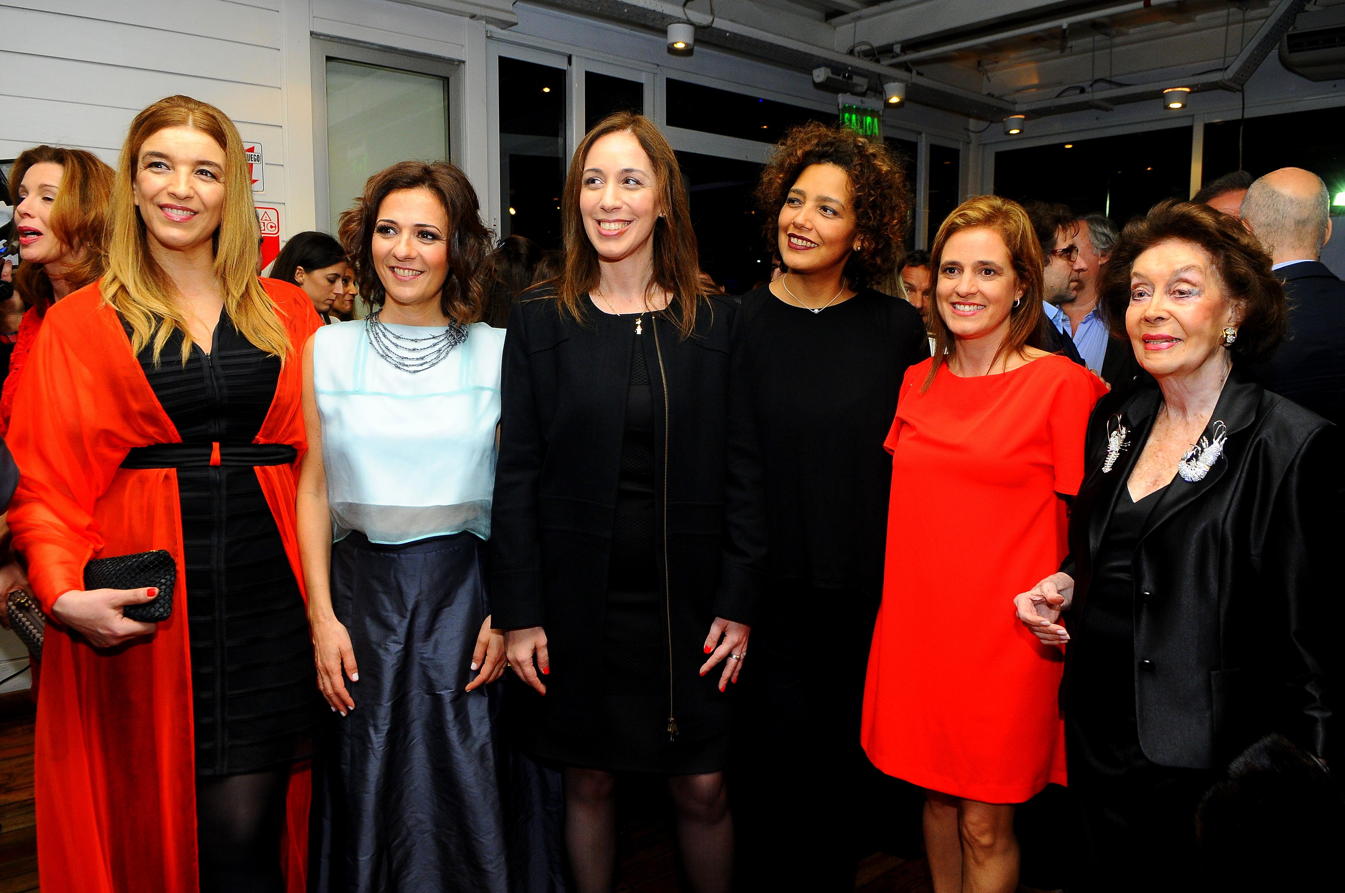 Gabriela Solustri, Josefina Manes, María Eugenia Vidal, Beatriz Guerra, Silvina Pueyrredon y Susana Reta