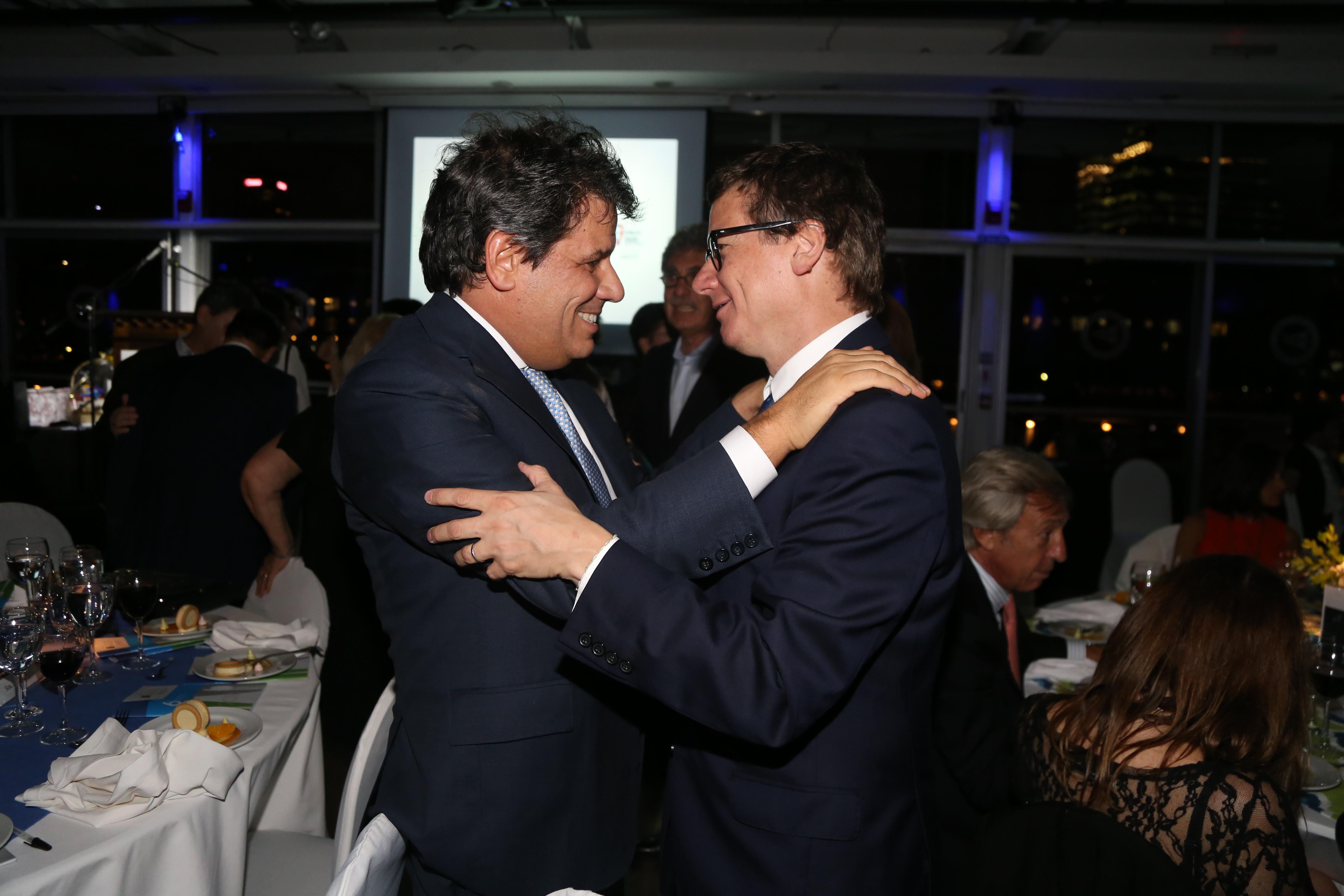 Facundo Manes junto a Gabriel Martino, presidente de HSBC Argentina