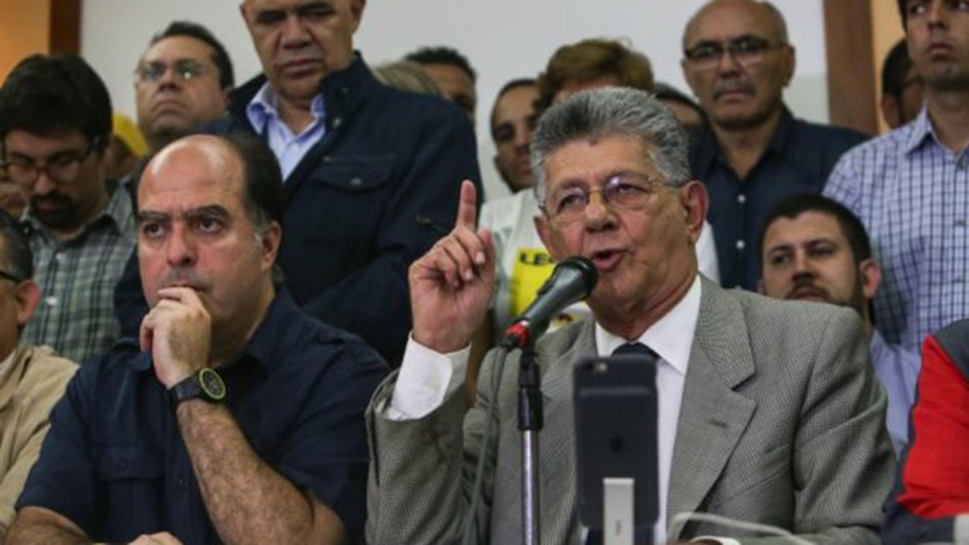 Julio Borges y Henry Ramos Allup, miembros de la oposición