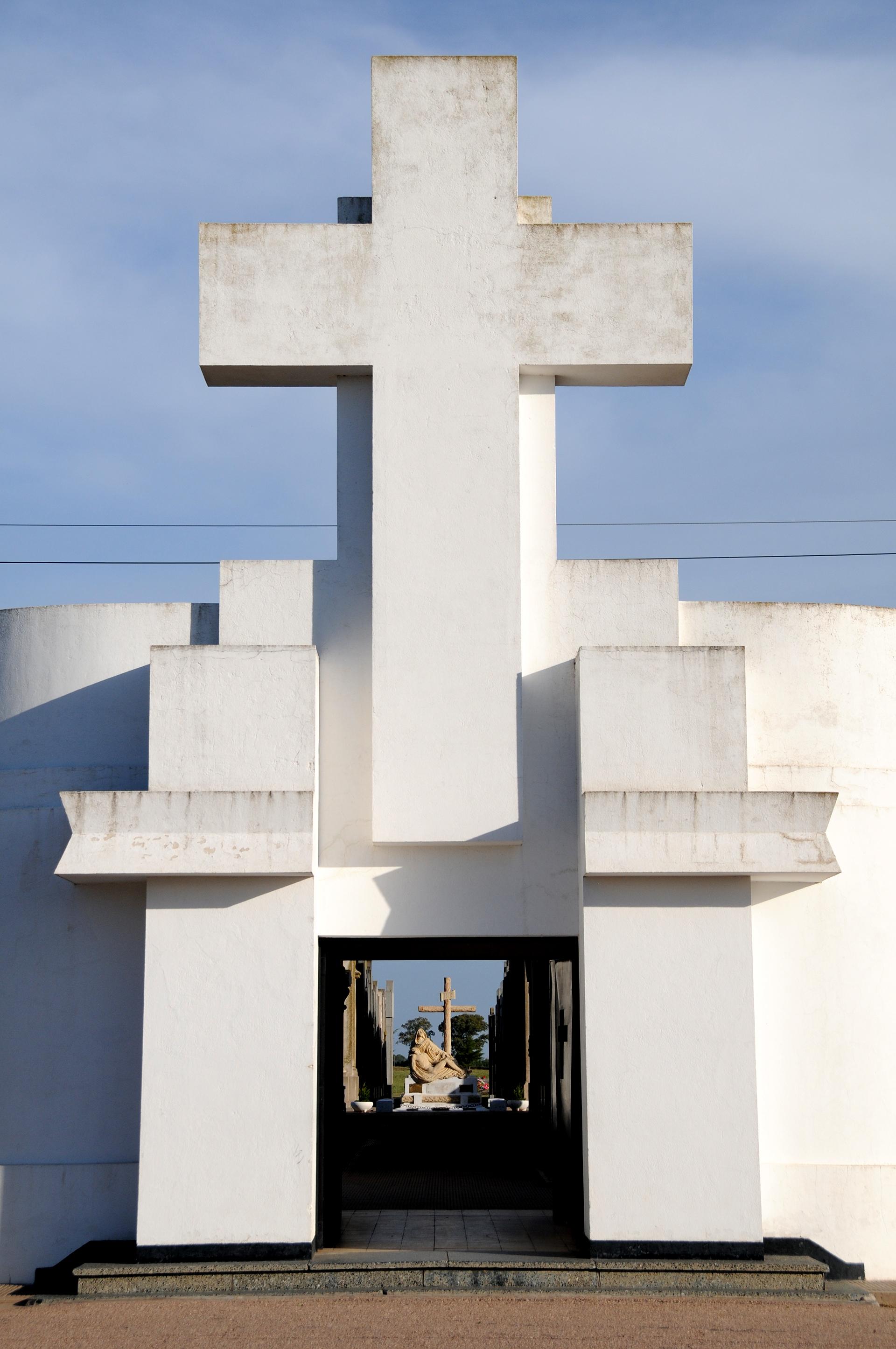 Cementerio de Salliqueló