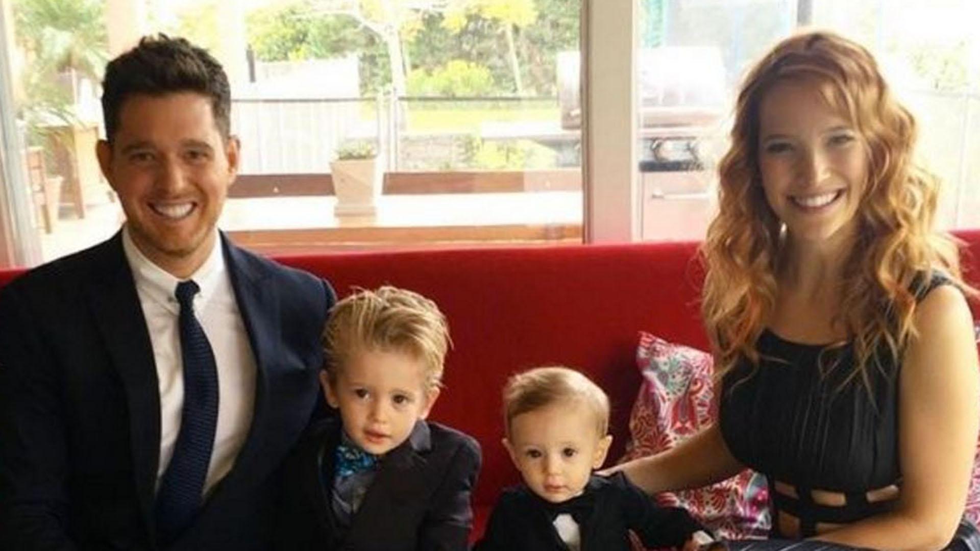 Michael Bublé con Luisana Lopilato y sus hijos Noah y Elías