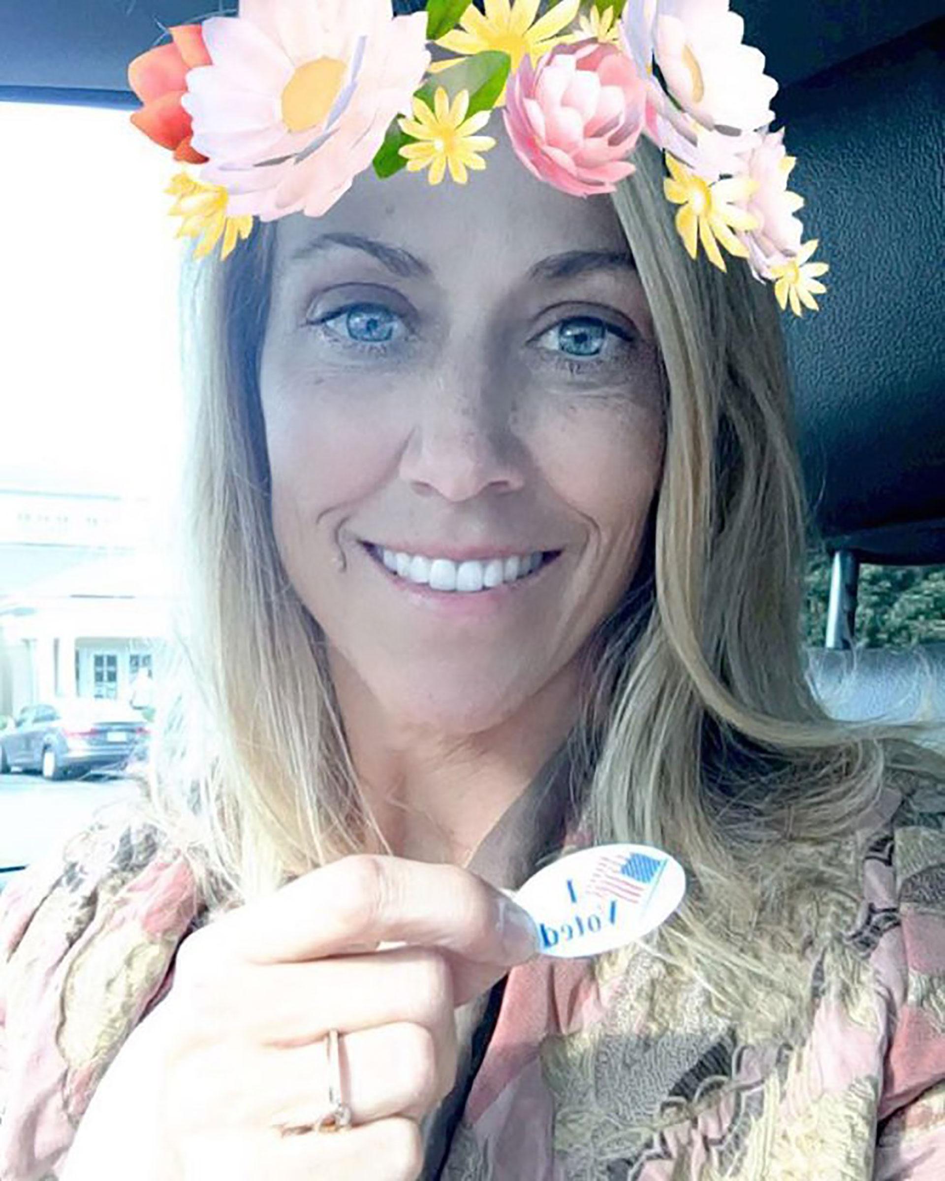 La rokera Sheryl Crow fue otra de las celebridades que convocó a los estadounidenses para que voten