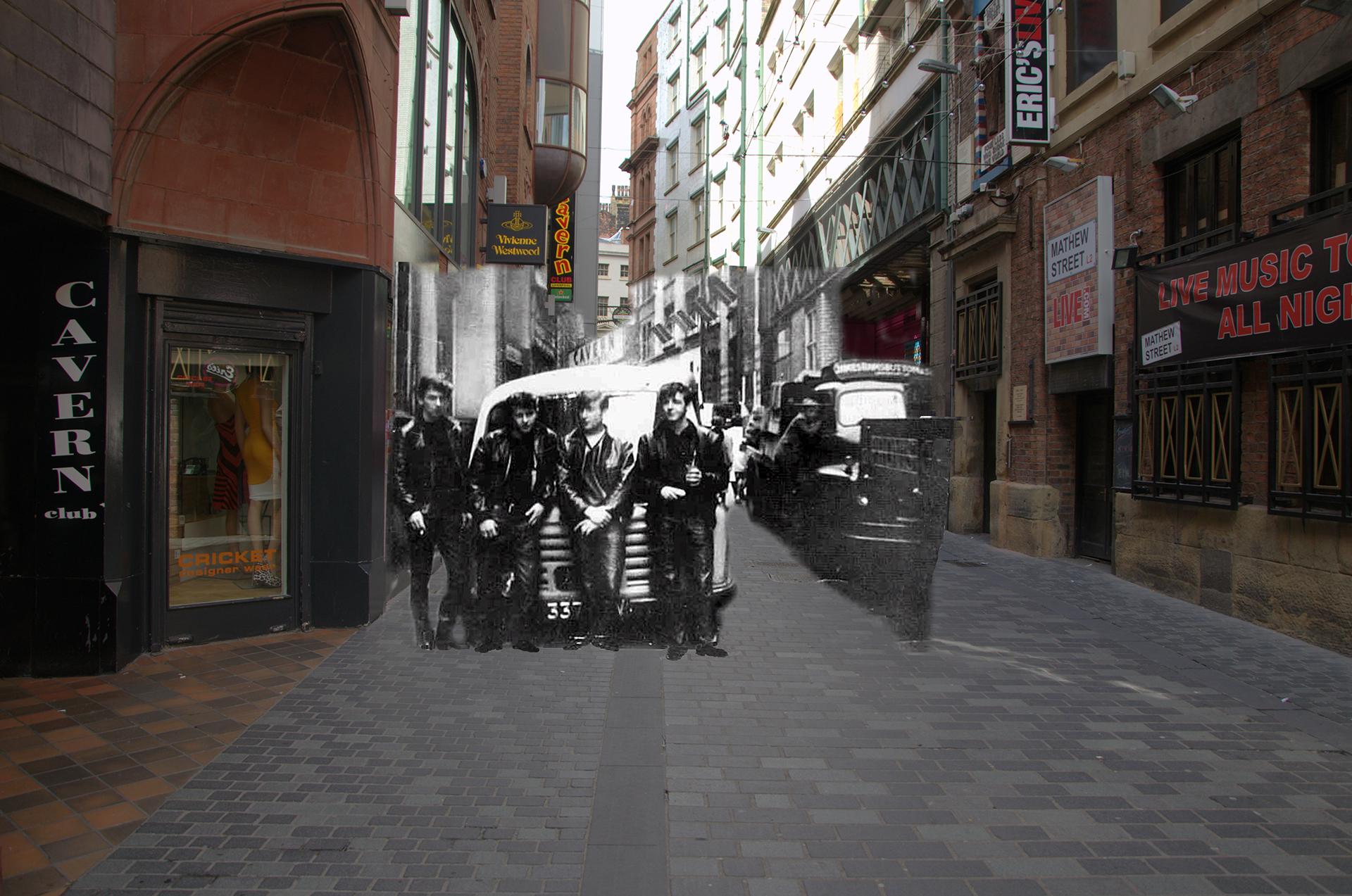 Otra postal del Cavern Club en Mathew Street, esta vez los cuatro Beatles con su baterista original, Pete Best