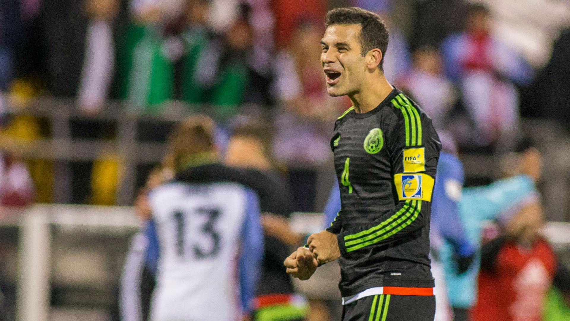 Rafael Marquez (4) celebra la victoria de su México frente a EEUU, el clásico de la zona (Foto: Reuters)