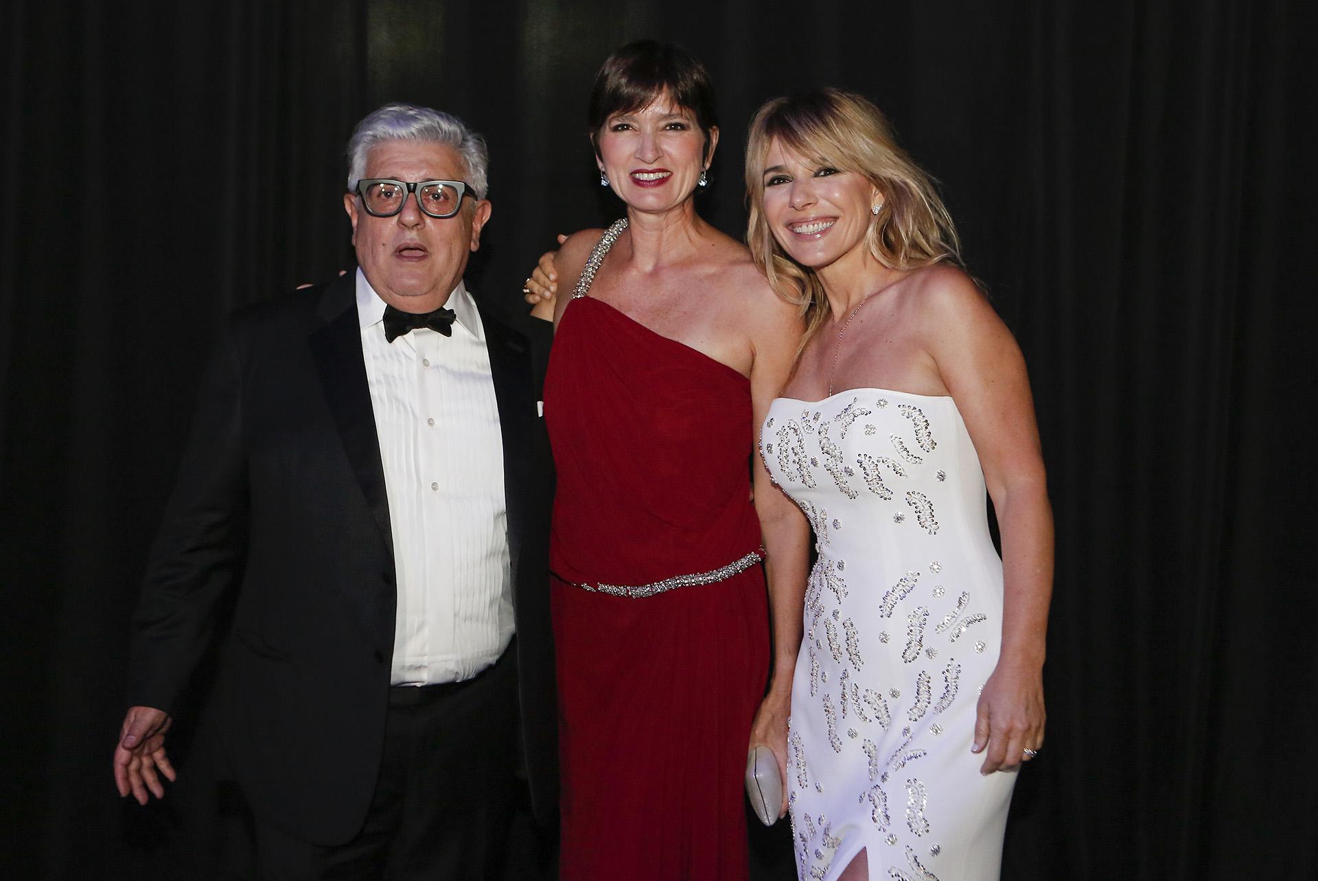 Teresa Garbesi junto a Carlos Gorosito y Grace Ratto