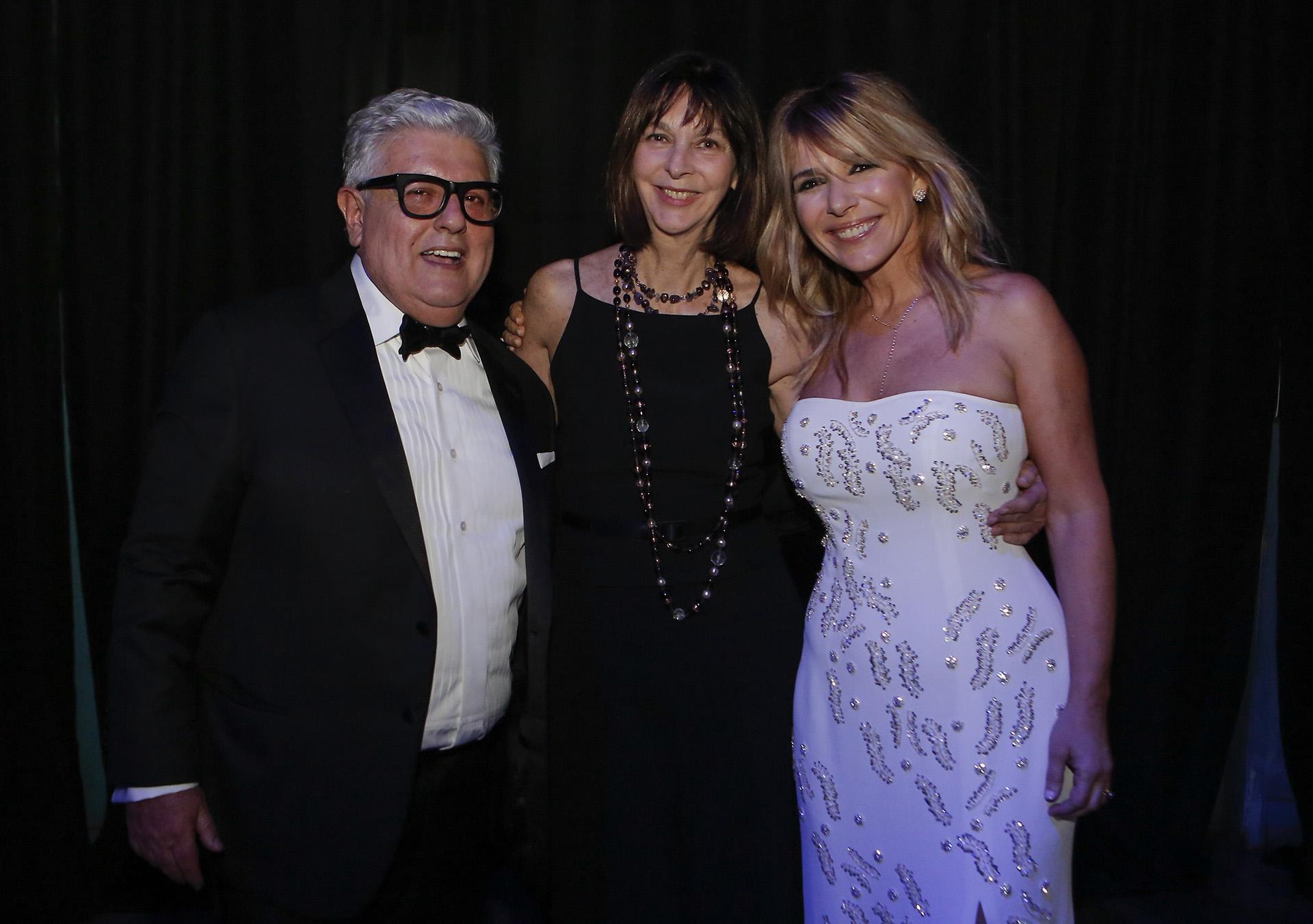 Laura Ocampo junto a Carlos Gorosito y Grace Ratto