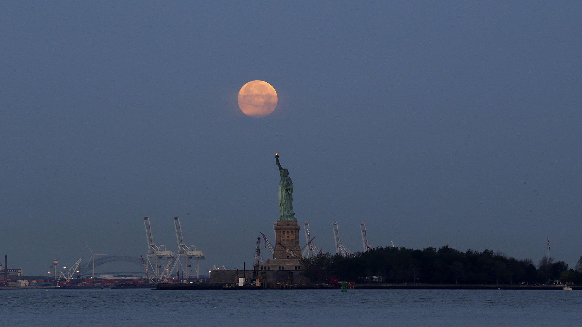 La superluna desde Nueva York