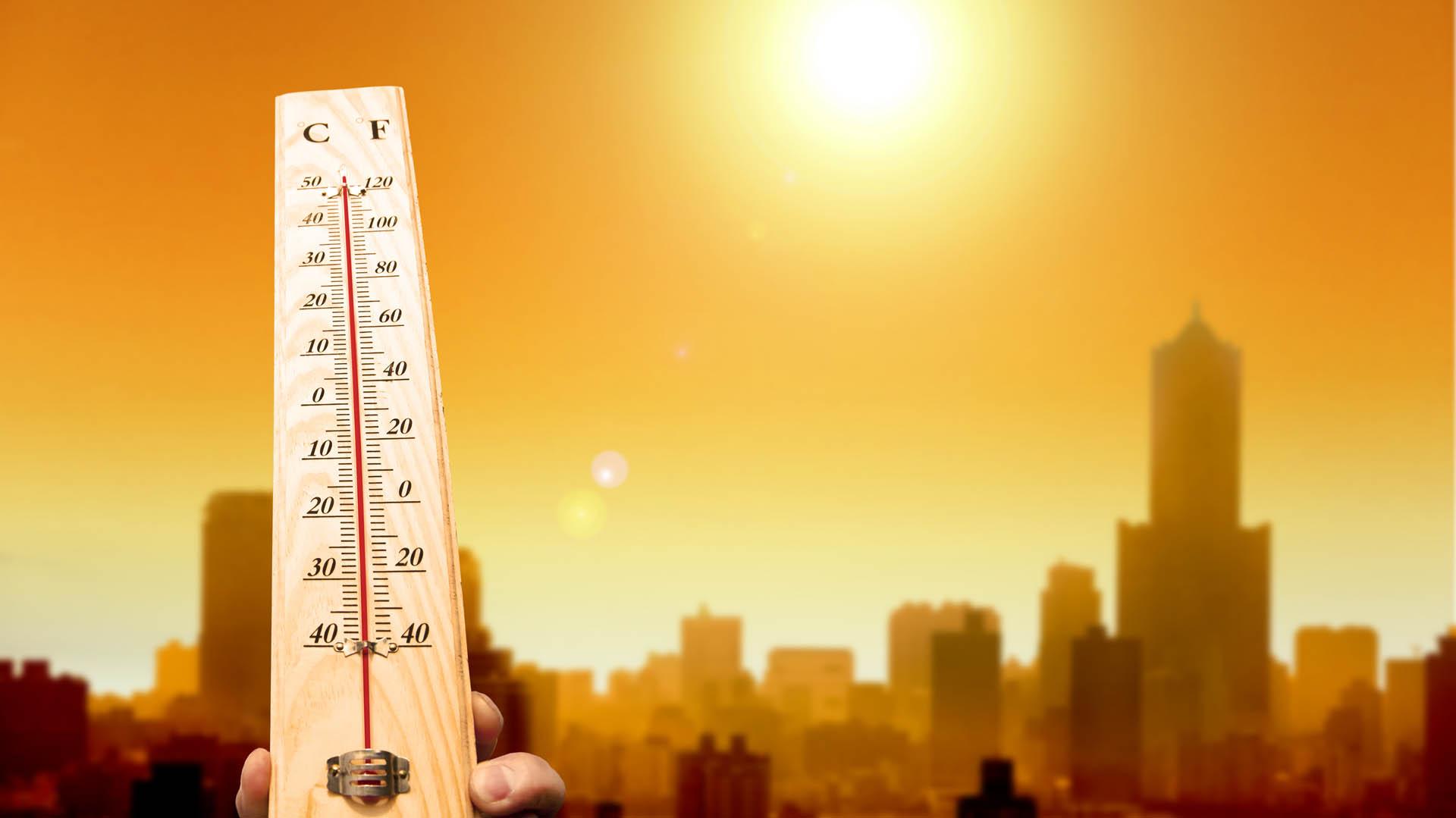 Existen evidencias contundentes de los riesgos a la salud frente al exceso de calor o temperaturas muy elevadas (iStock)