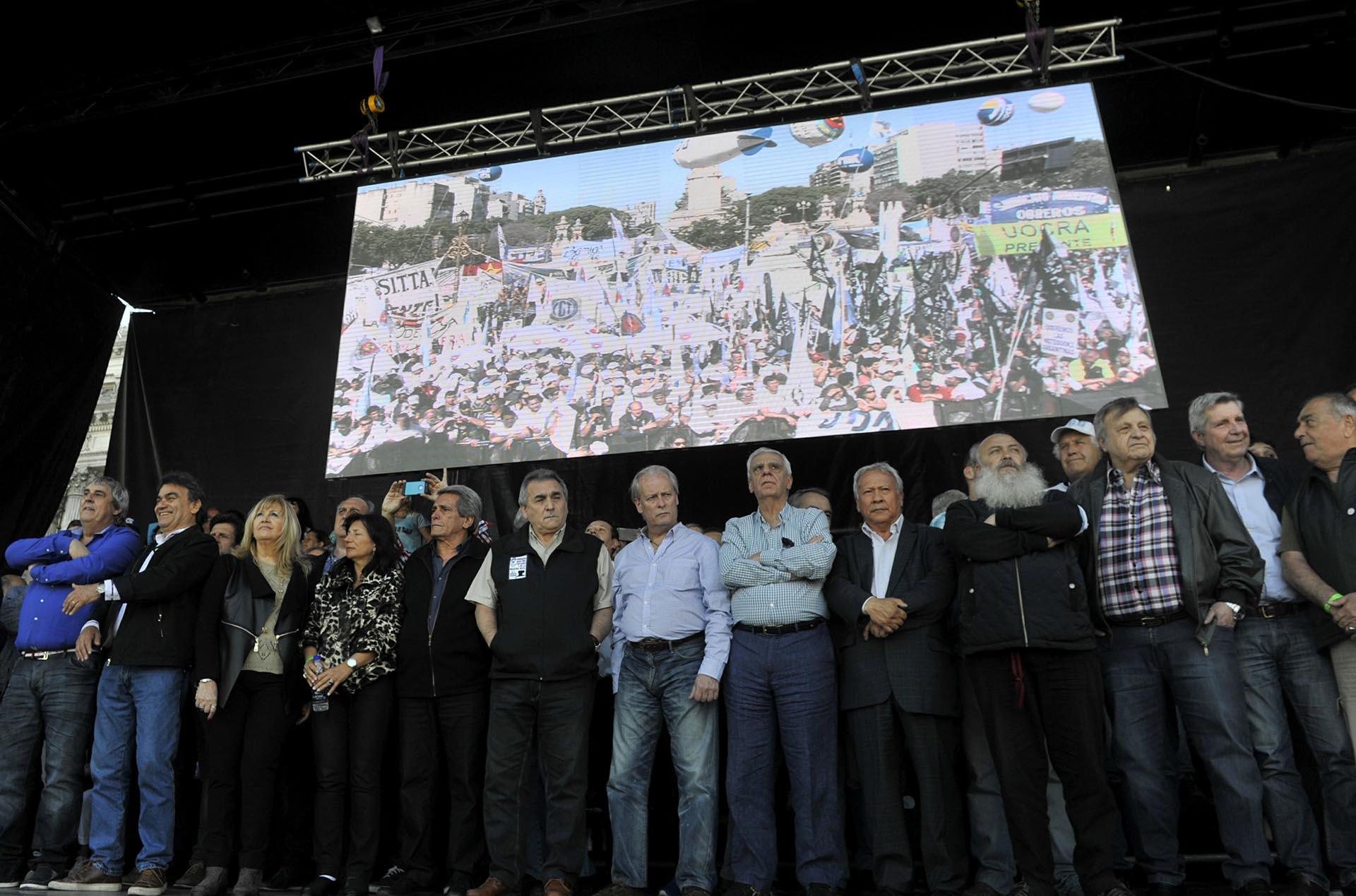 Miles de personas participaron del acto