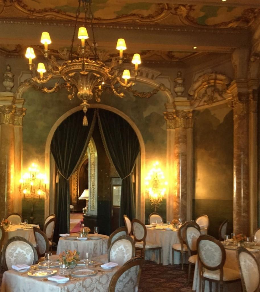 La propiedad cuenta con un salón para 800 invitados y privilegiadas vistas al mar (The Washington Post)