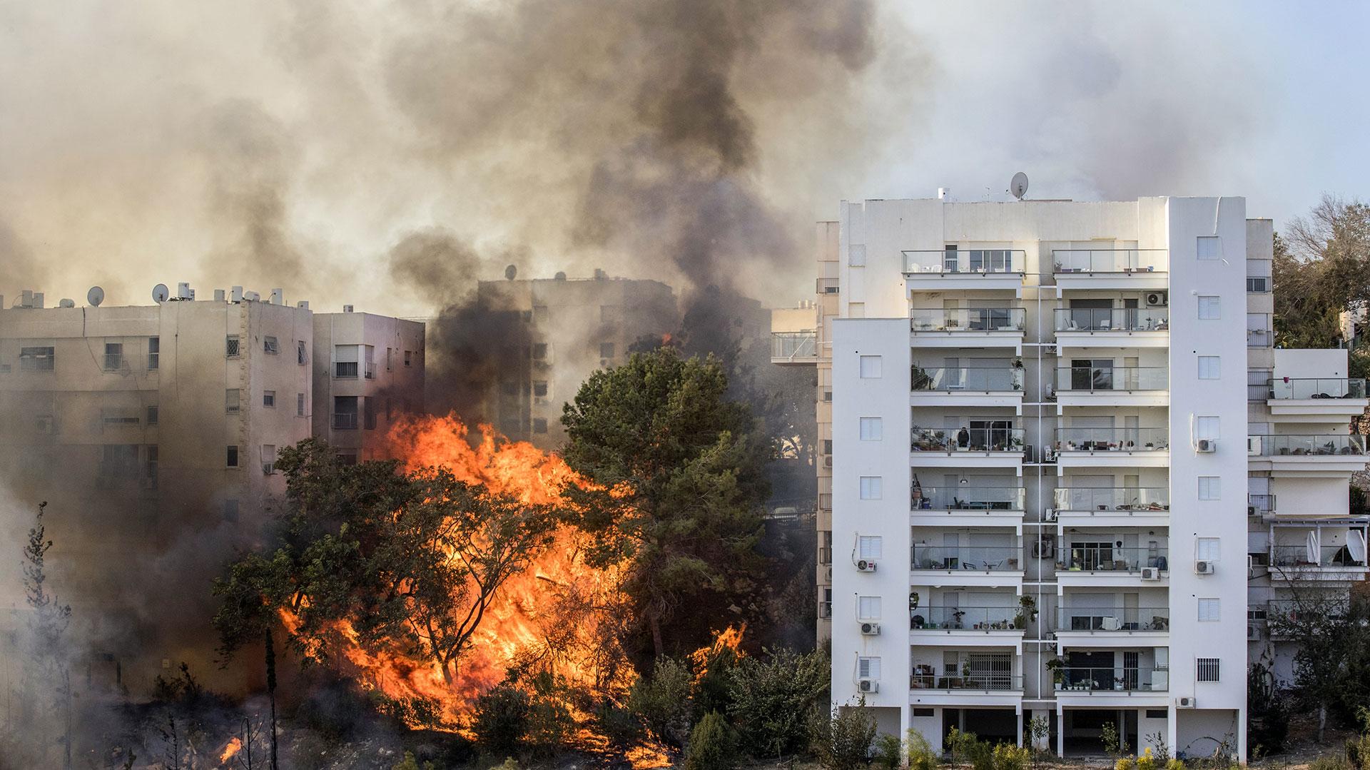 Las autoridades están investigando el origen de los incendios. Se cree que varios son de origen criminal (AFP)