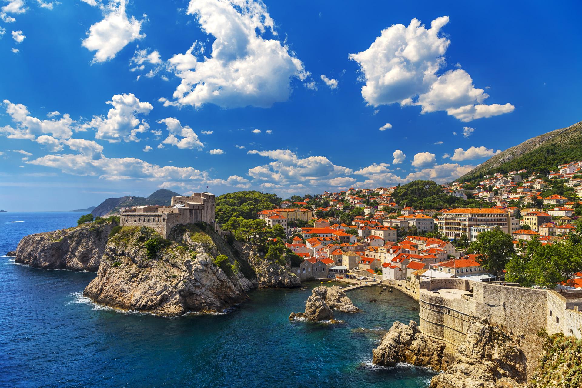 En los últimos tiempos Dubrovnik se popularizó porque la serie Game of Thrones se rodó en varias locaciones de la ciudad (iStock)