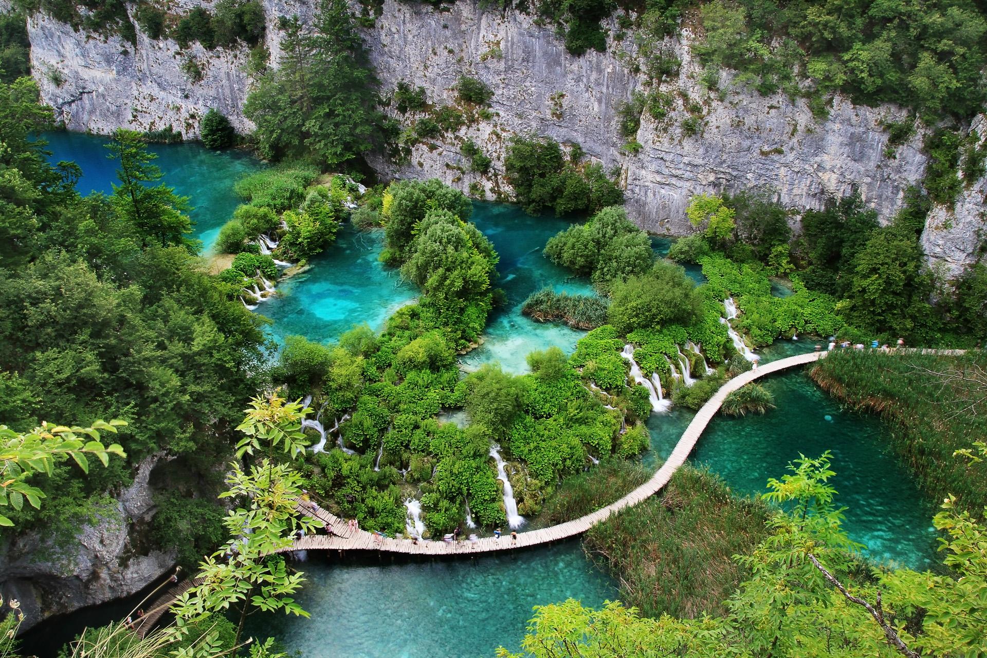 Los Lagos de Plitvice forman una región que fue declarada Parque Nacional en 1949, y se afianzó como Patrimonio de la Humanidad de la Unesco en 1979 (iStock)