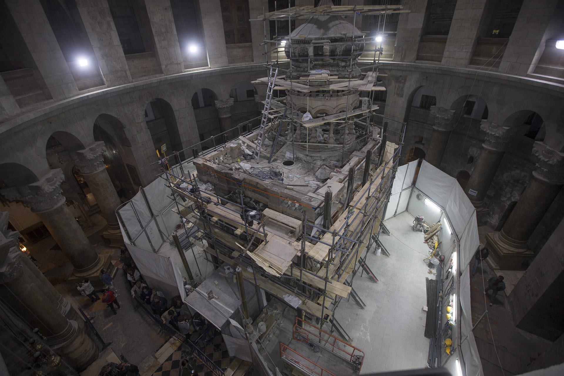 El Santo Sepulcro/Visita virtual /Apertura de la Tumba de Cristo Restauracion-tumba-Jesucristo-Jerusalen-sf-11