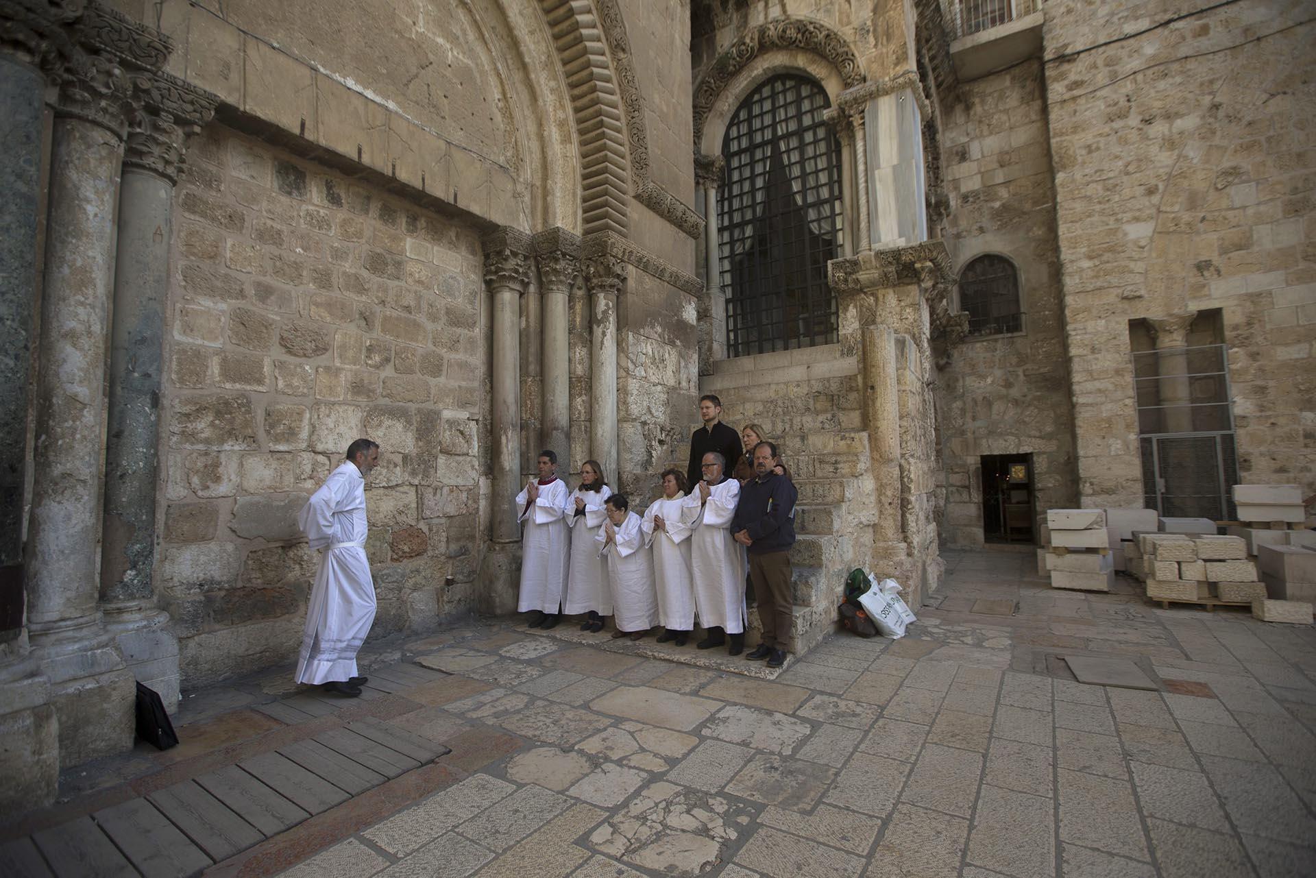 El Santo Sepulcro/Visita virtual /Apertura de la Tumba de Cristo Restauracion-tumba-Jesucristo-Jerusalen-sf-1