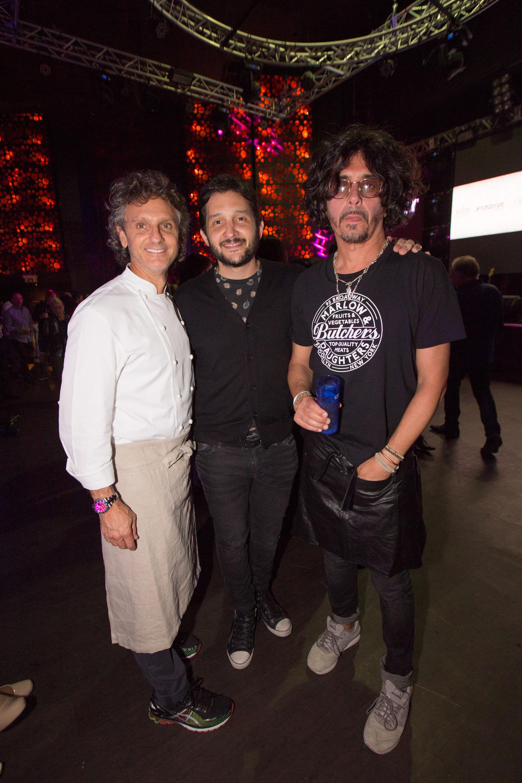 Pablo Massey y Zorrito Von Quinteiro junto a Germán Paoloski