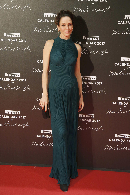 Con un vestido color petróleo y de líneas simples, Uma Thurman derrochó estilo y glamour. A los 46 años, la protagonista de Kill Bill y Pulp Fiction, se muestra radiante y en plenitud