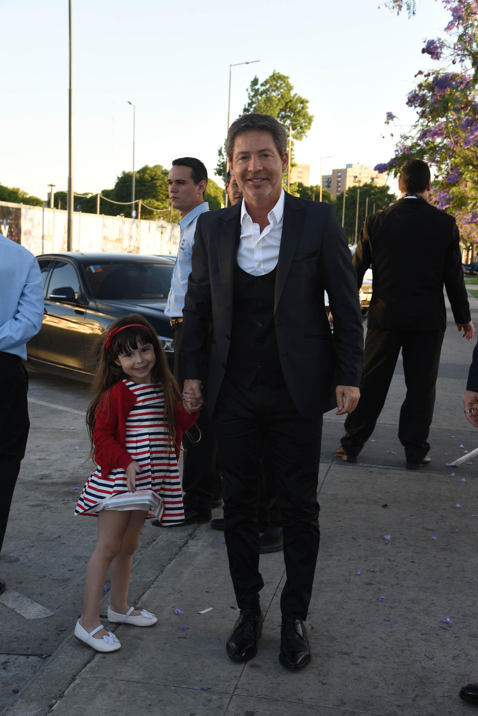 Adrián Suar junto a su hija Margarita