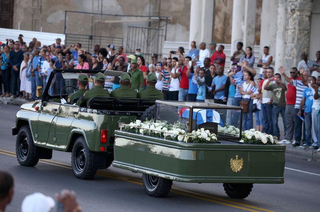 """El presidente de Ecuador, Rafael Correa, fue el primero de 20 oradores. En su discurso destacó la """"lucha"""" de Castro durante más de medio siglo y repudió a quienes """"atacan"""" al régimen"""