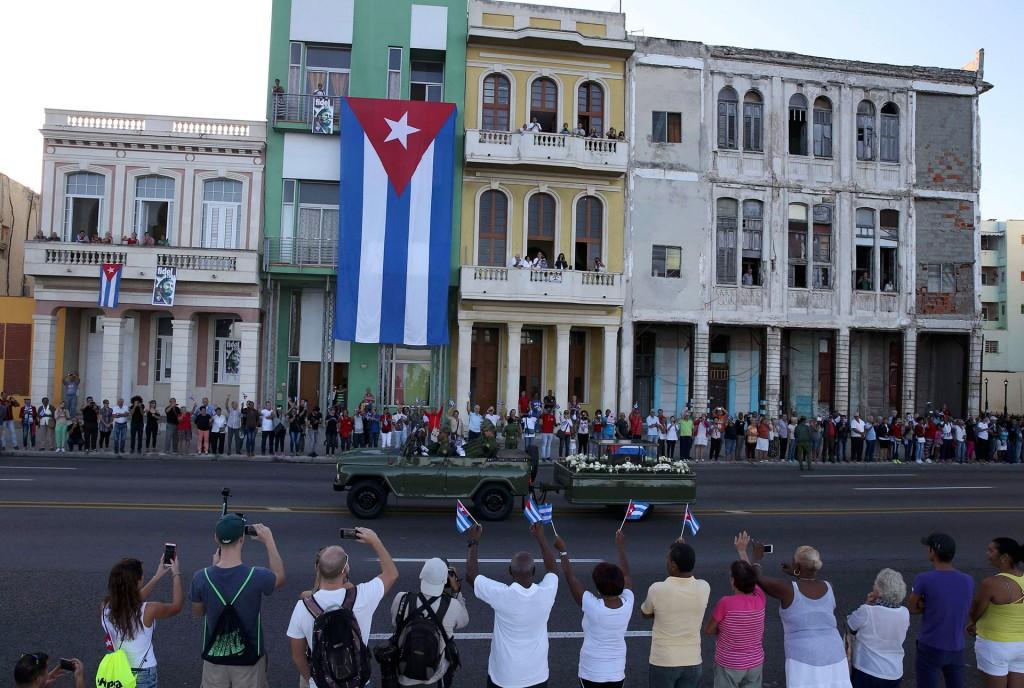 El actual jefe de Estado rindió tributo al líder de la revolución cubana en un acto que congregó a miles de personas en la Plaza de la Revolución, en La Habana