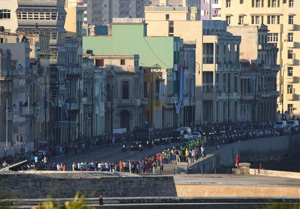 Las cenizas viajarán por toda la isla durante cuatro días en el trayecto inverso de la Caravana de la Libertad, el recorrido que los barbudos de Sierra Maestra, liderados por Fidel, realizaron entre el 1 y el 8 de enero de 1959 al triunfar la Revolución