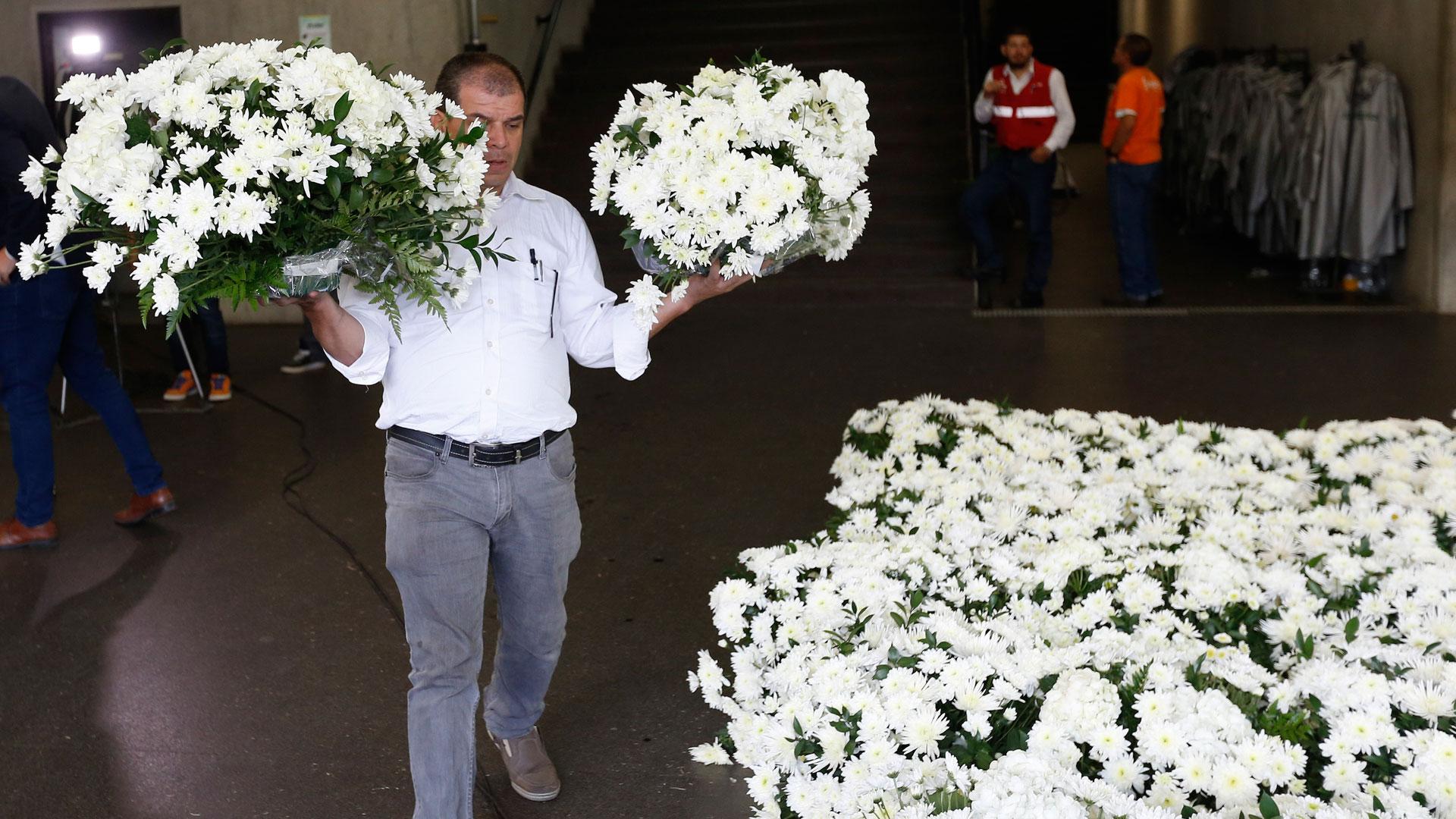 Los arreglos florales que estarán en el Atanasio Girardot