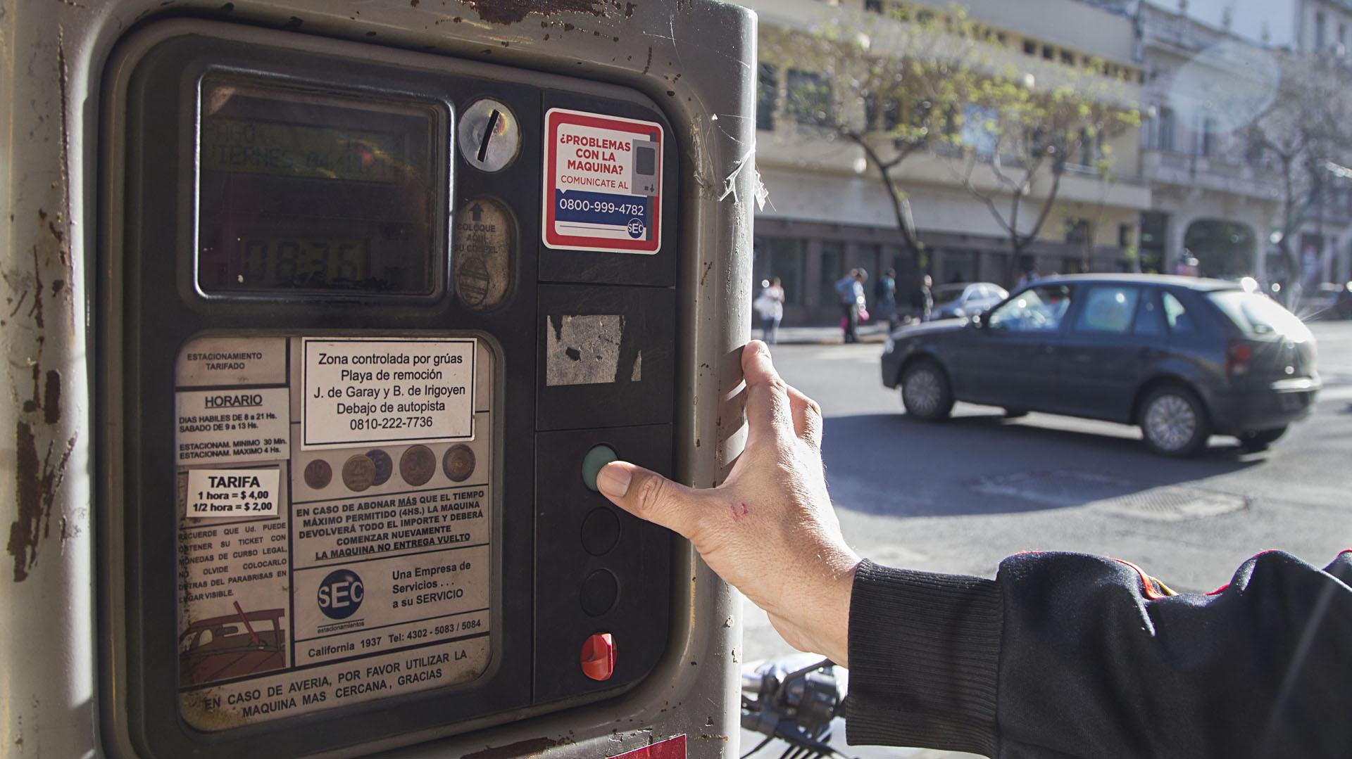 La Justicia frenó la extensión del Sistema de Estacionamiento Medido en la Ciudad (foto: NA)