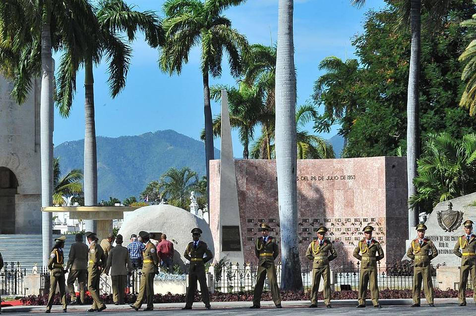 La ceremonia fue privada. Participaron familiares y líderes del mundo cercanos al régimen castrista (AFP)