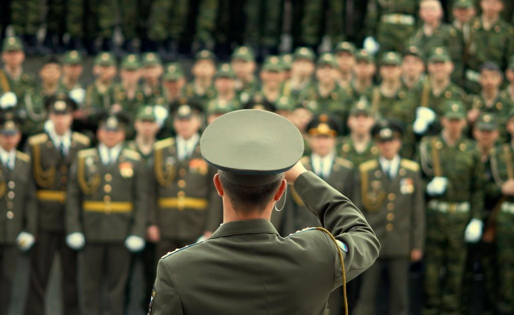 En EEUU, los altos mandos militares perciben un sueldo de privilegio (iStock)