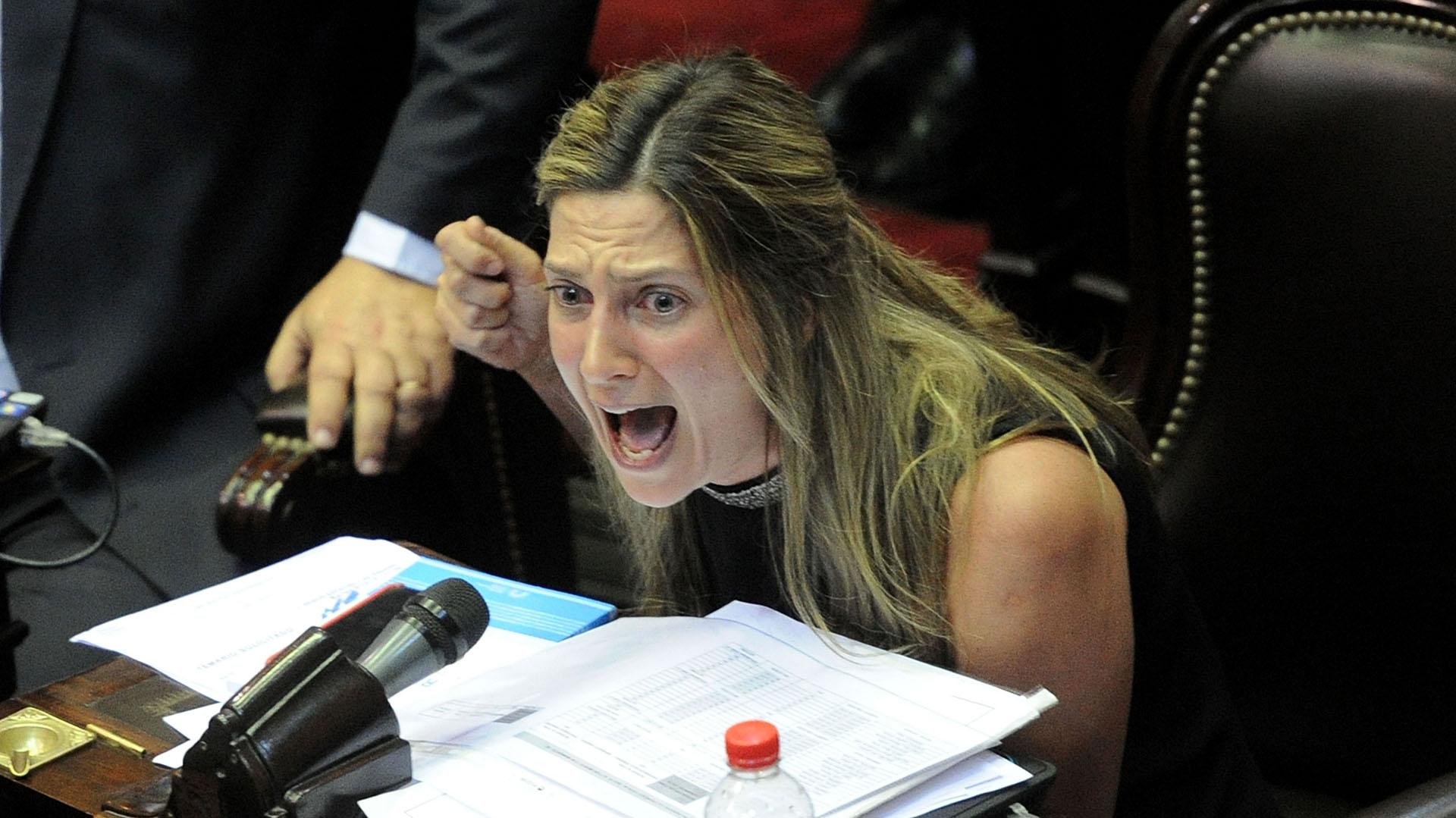 La ira de la diputada macrista Silvia Lospennato contra el kirchnerismo y el massismo por Ganancias - Infobae