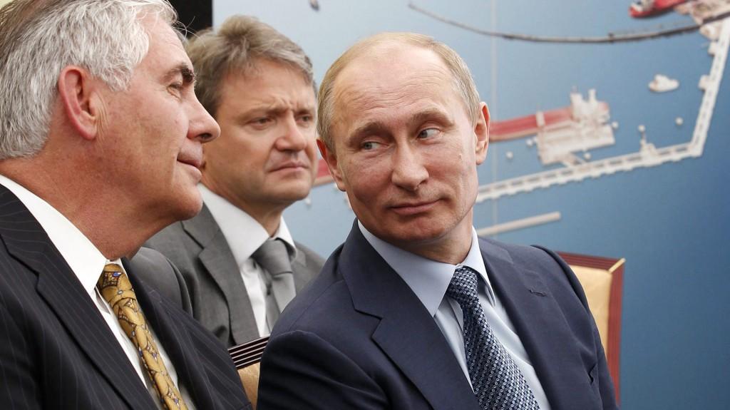 Rex Tillerson, cercano a Vladimir Putin, fue elegido como secretario de Estado de Donald Trump (EFE)