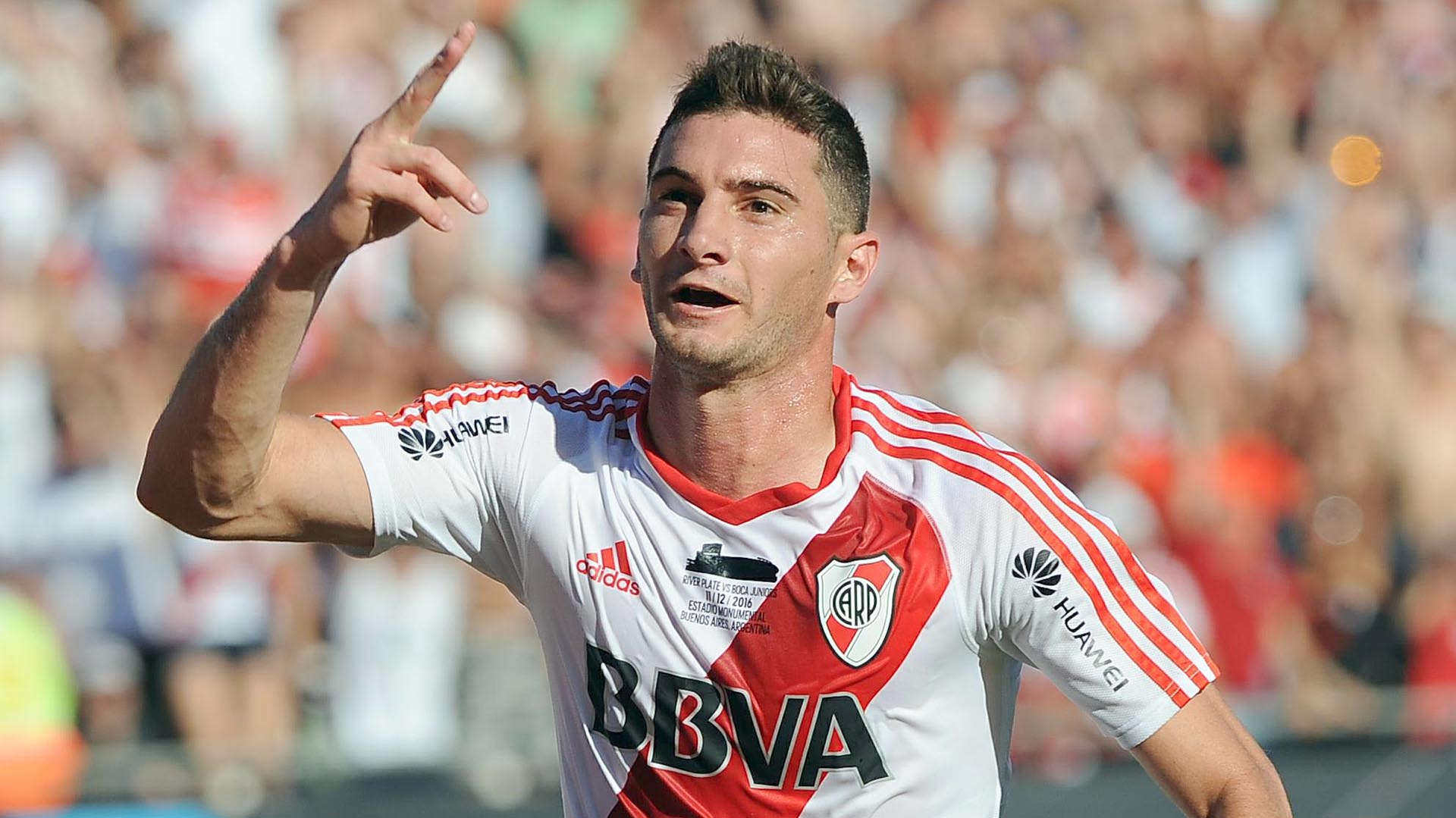 "Enzo Francescoli ""Lucas Alario es intransferible para River"" – FM"
