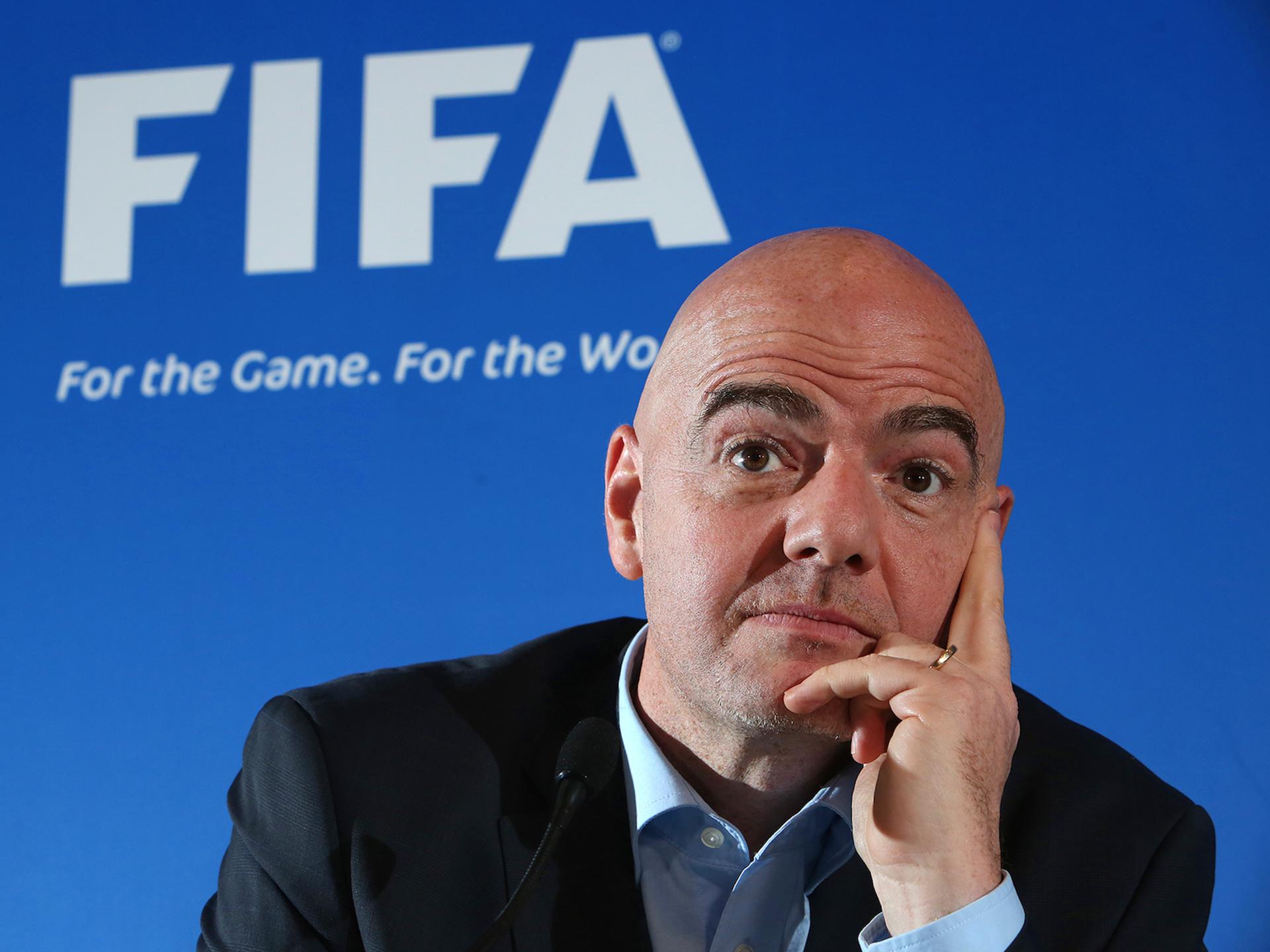 """El presidente de la FIFA defiende el """"video ref"""""""