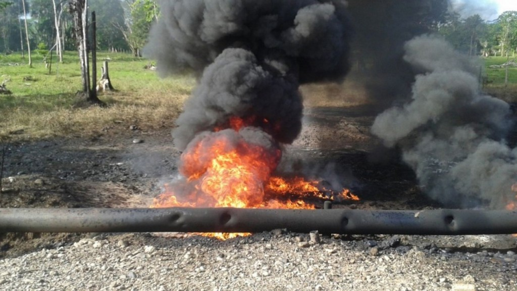 Loa atentados contra oleoductos son una de las estrategias terroristas preferidas del ELN