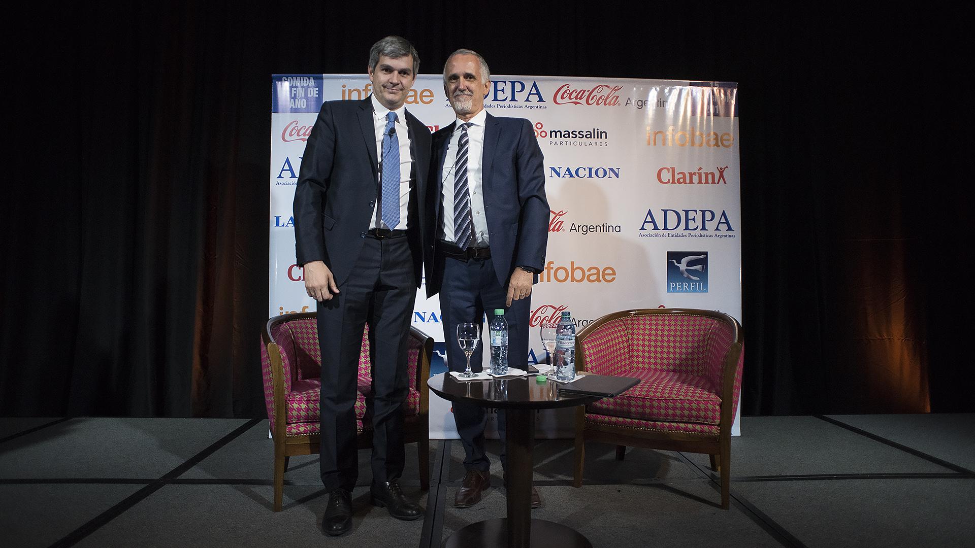 Durante la cena, Carlos Jornet -presidente de la comisión de Transformación e Innovación Multimedia en ADEPA- dialogó con el jefe de Gabinete, Marcos Peña