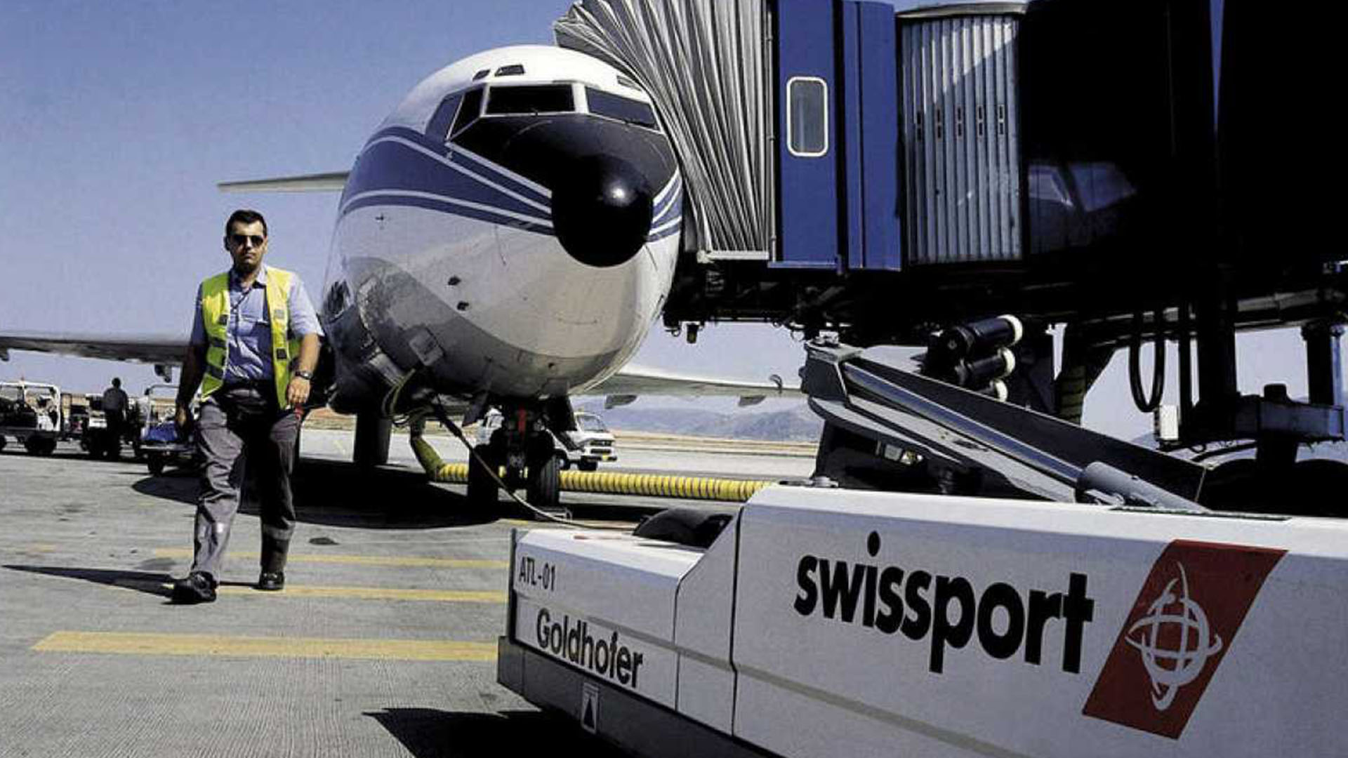 Dieciocho aeropuertos del país tendrán paralizados sus servicios (EFE)