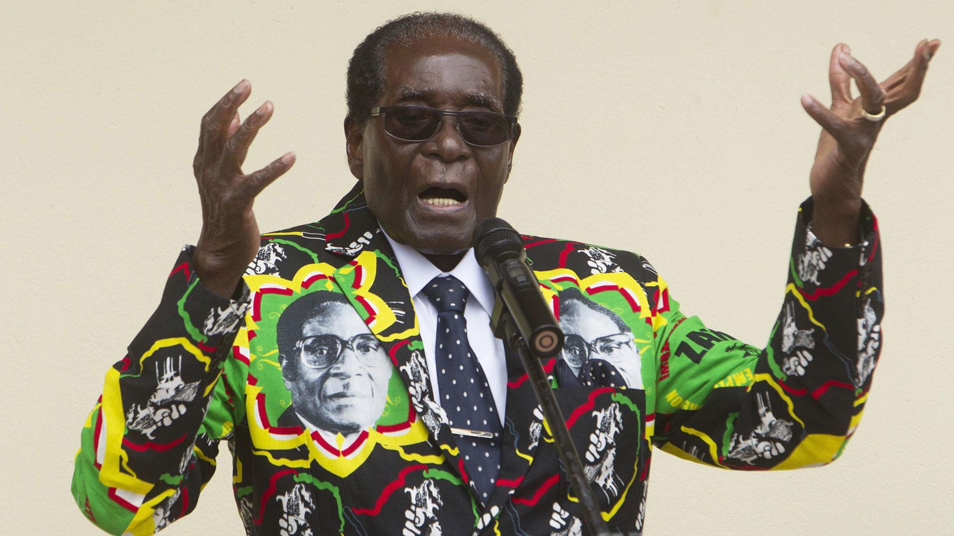 Robert Mugabe, el presidente de Zimbabwe que lleva 36 años en el poder (AP)