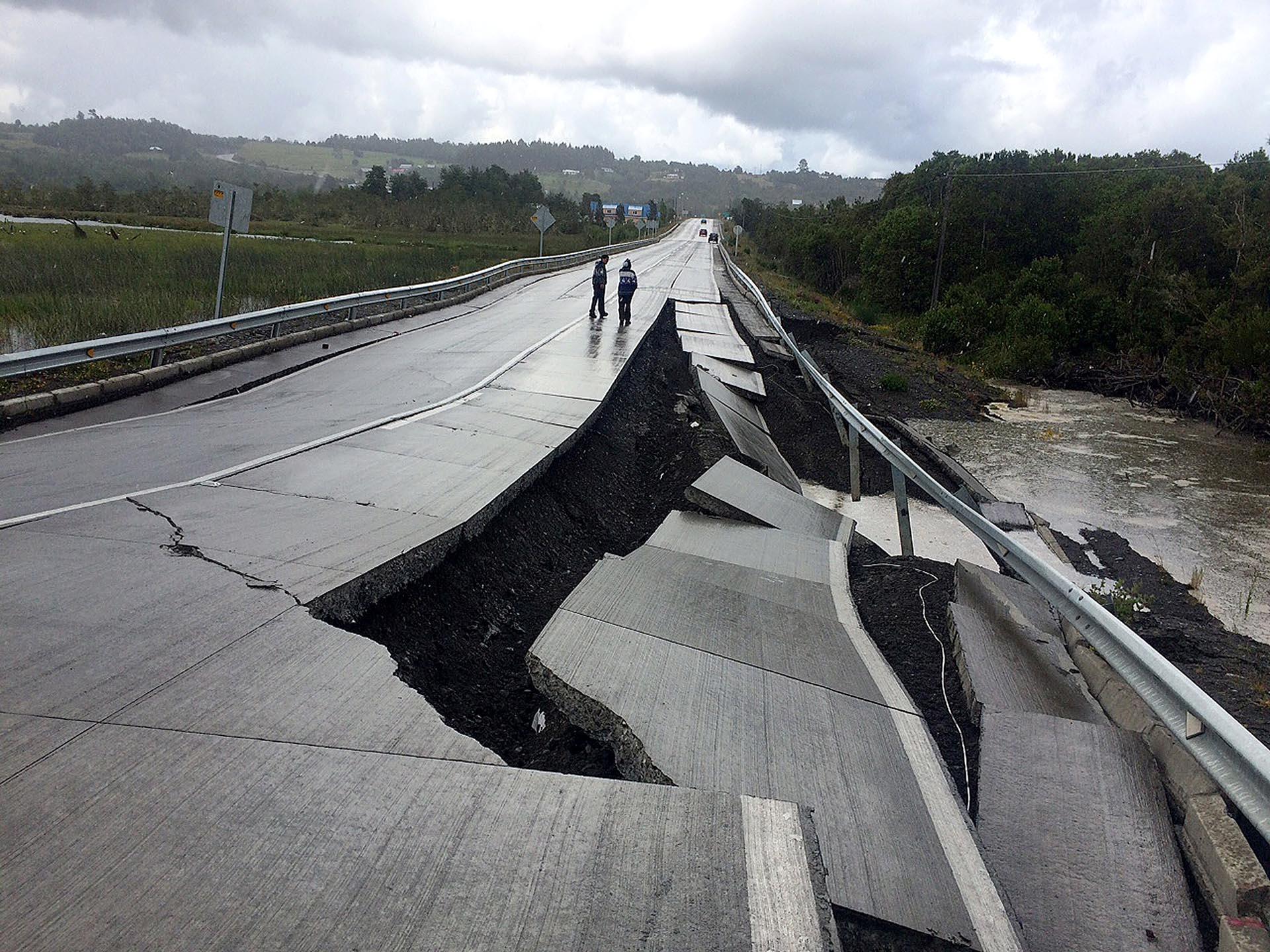 Impresionante destrozo en una carretera de Chiloé