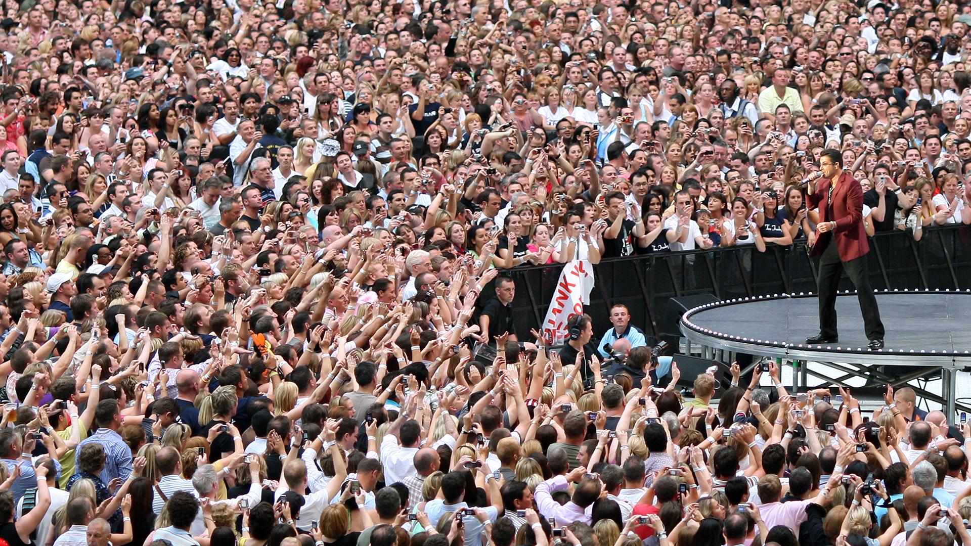 Concierto de George Michael en el mítico estadio de Wembley, en Londres, en 2007 (AFP)